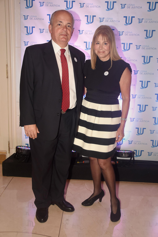 Diana Cohen Agrest junto al abogado y ex integrante del Consejo de la Magistratura, Alejandro Fargosi, miembro de Usina de Justicia