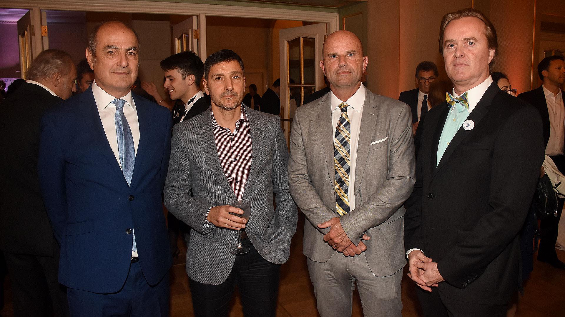 El fiscal de Casación Penal de la provincia de Buenos Aires, Jorge Roldán; los jueces Alejandro Villordo y Raul Dalto; y el ex fiscal en lo Criminal y abogado Martín Etchegoyen Lynch