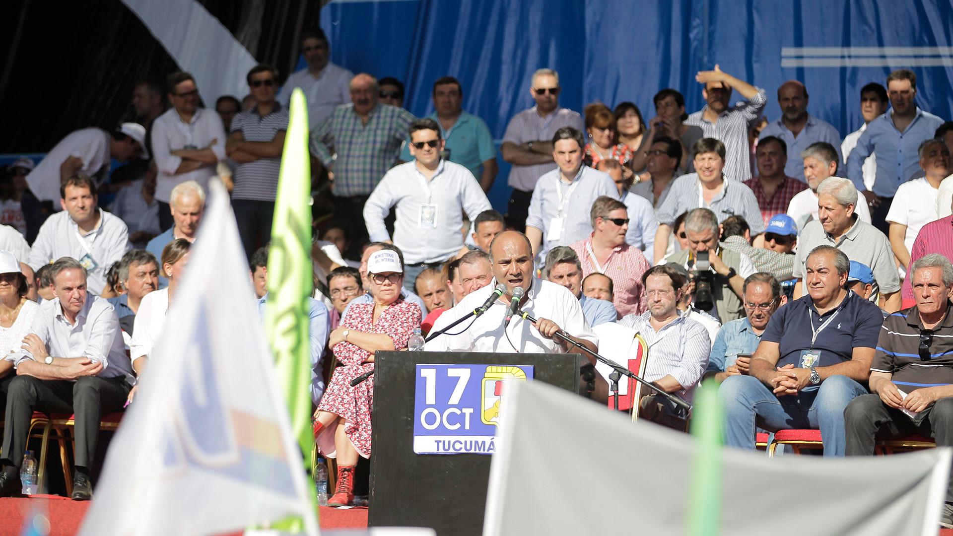 El mandatario tucumano cerró el acto con su discurso