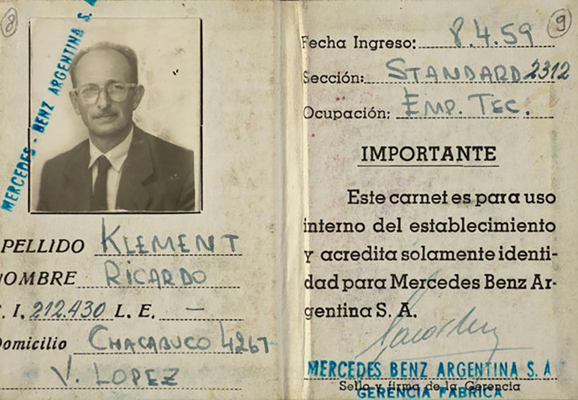 El documento que usaba Adolf Eichmann en la Argentina. Su nombre: Ricardo Klement (Yad Vashem)