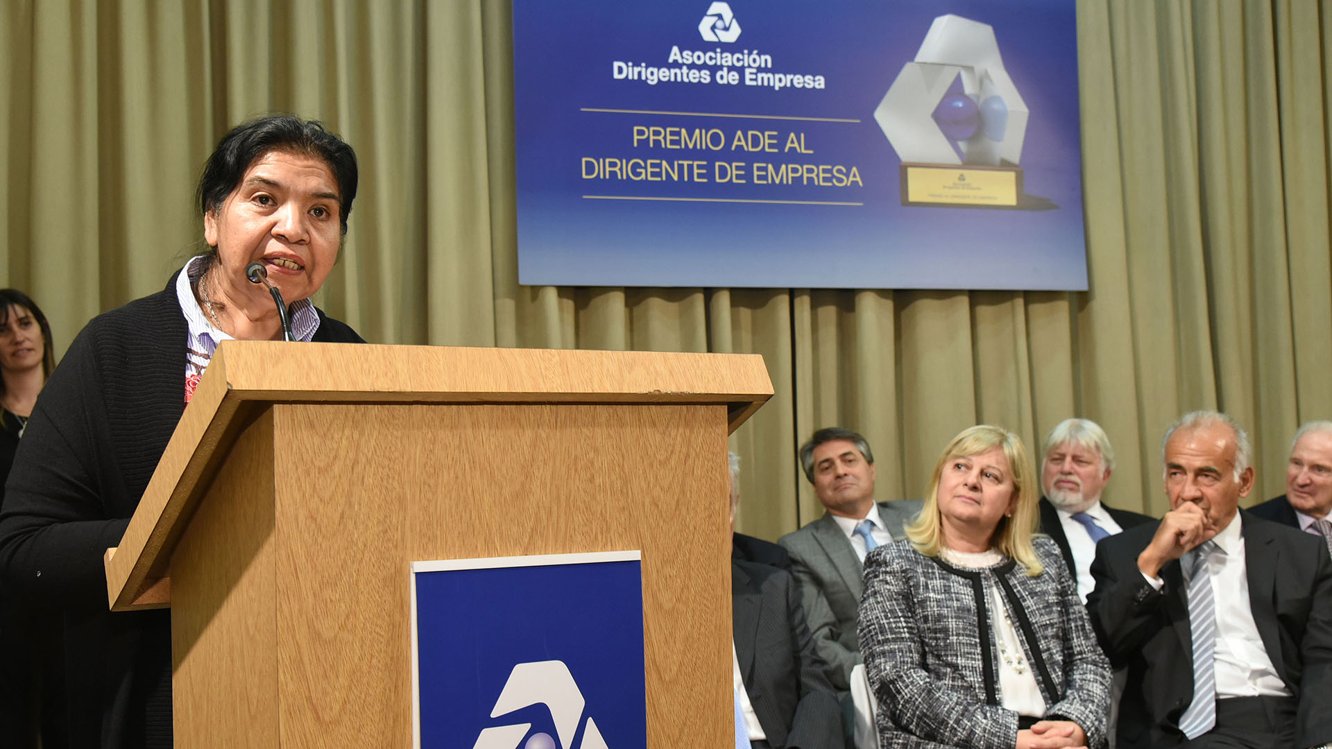 El Premio ADE tiene una larga trayectoria y es otorgado a personalidades del mundo empresario de la Argentina, vinculadas a organizaciones con y sin fines de lucro /// Fotos: Lanusse Consultores