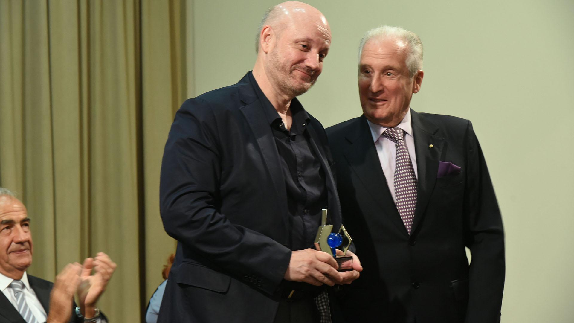 Juan José Campanella fue el ganador de la categoría Entretenimiento, Actualidad y Deportes
