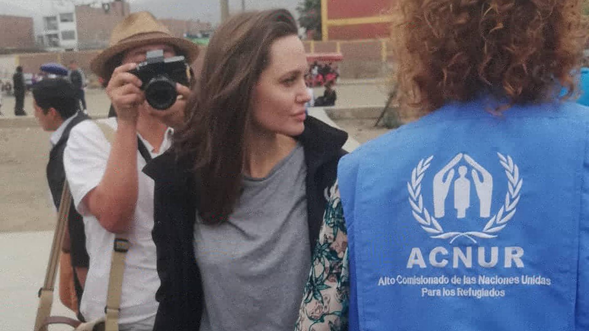 La actriz escuchó los reclamos de los refugiados (@rosmery_steph)
