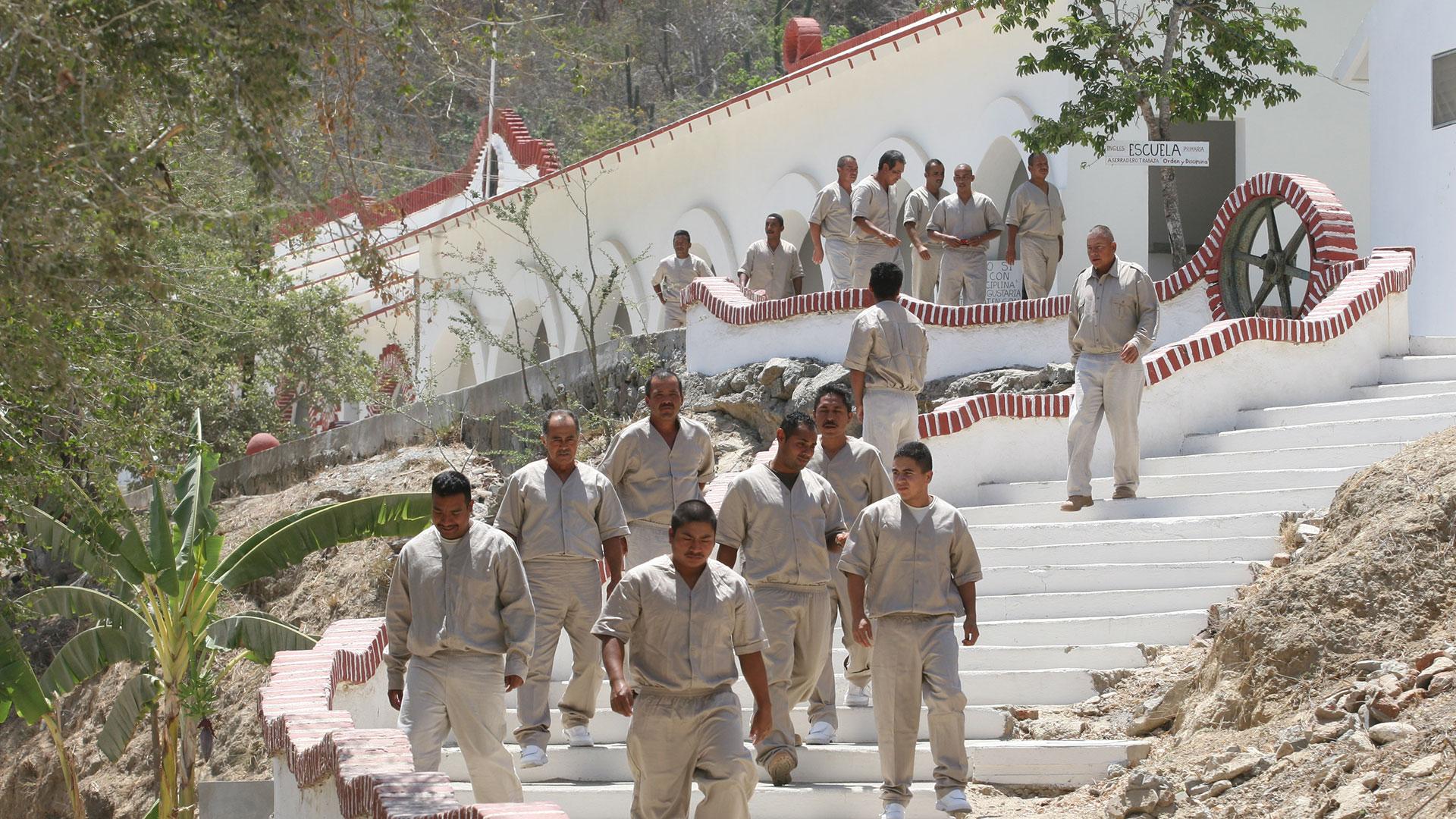 La prisión sólo es custodiada por 49 guardias y 80 elementos de la Marina Mexicana (Foto: Archivo)