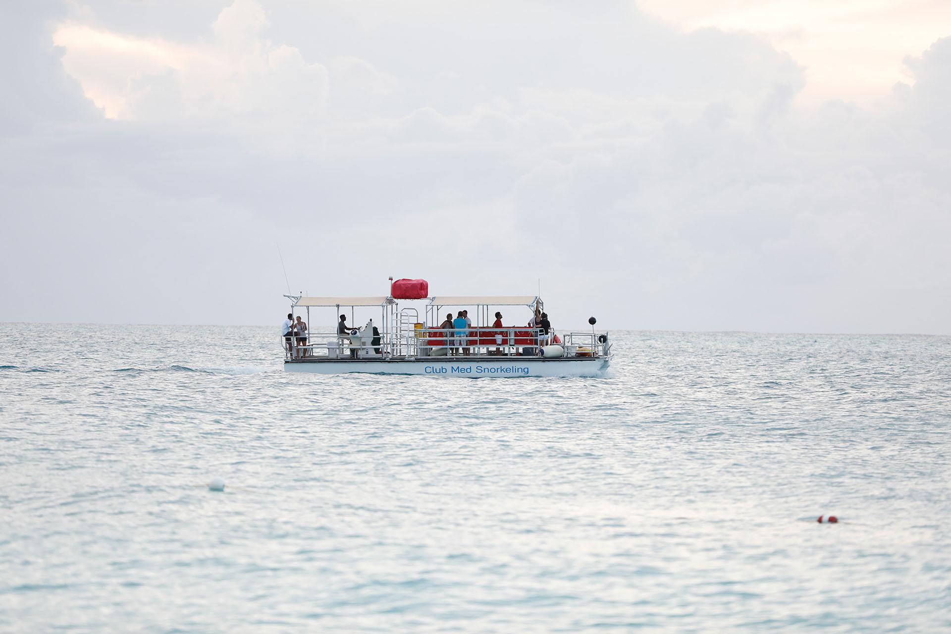 Una de las actividades preferidas de los visitantes es el snorkeling, siendo uno de los mayores atractivos turísticos de las Islas
