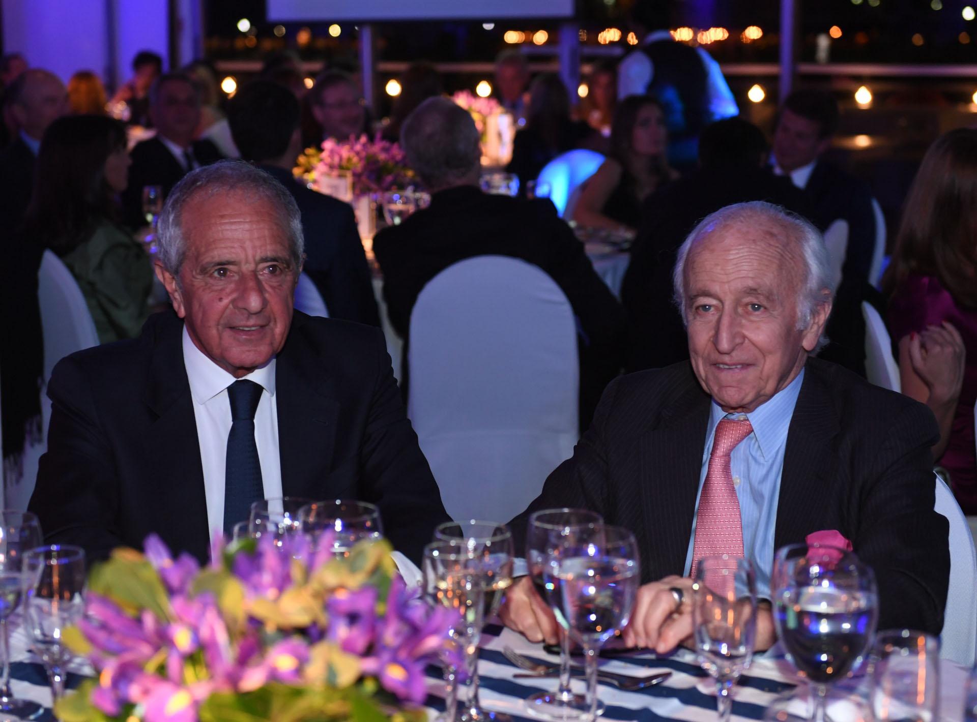 Rodolfo D'Onofrio, presidente de River, junto al empresario Santiago Soldati