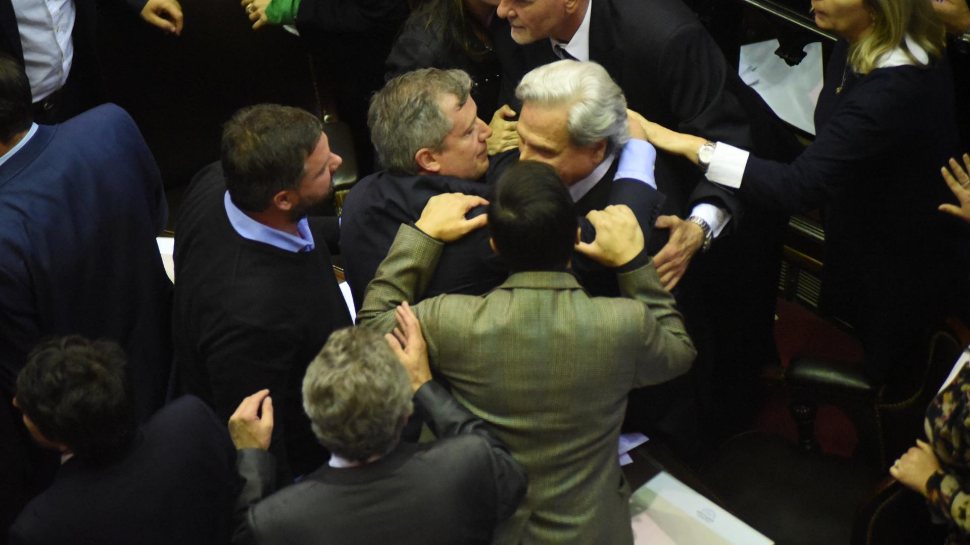 Emilio Monzó intercedió para que los incidentes no pasaran a mayor