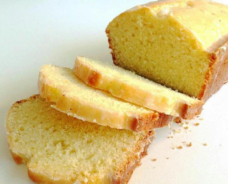Budín de limón con mezcla de harina común e integral