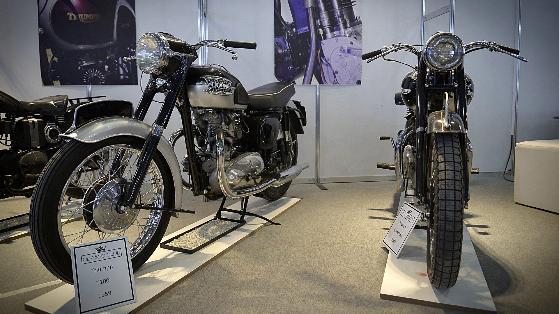 La primera edición del Salón Moto argentino tiene 89 expositores y 120 marcas distribuidas en una superficie de 20.000 metros cuadrados. Hay cientos de motos en escena: motos de pista, scooters, cross, naked, urbanas, scrambler, custom, de tres ruedas y más