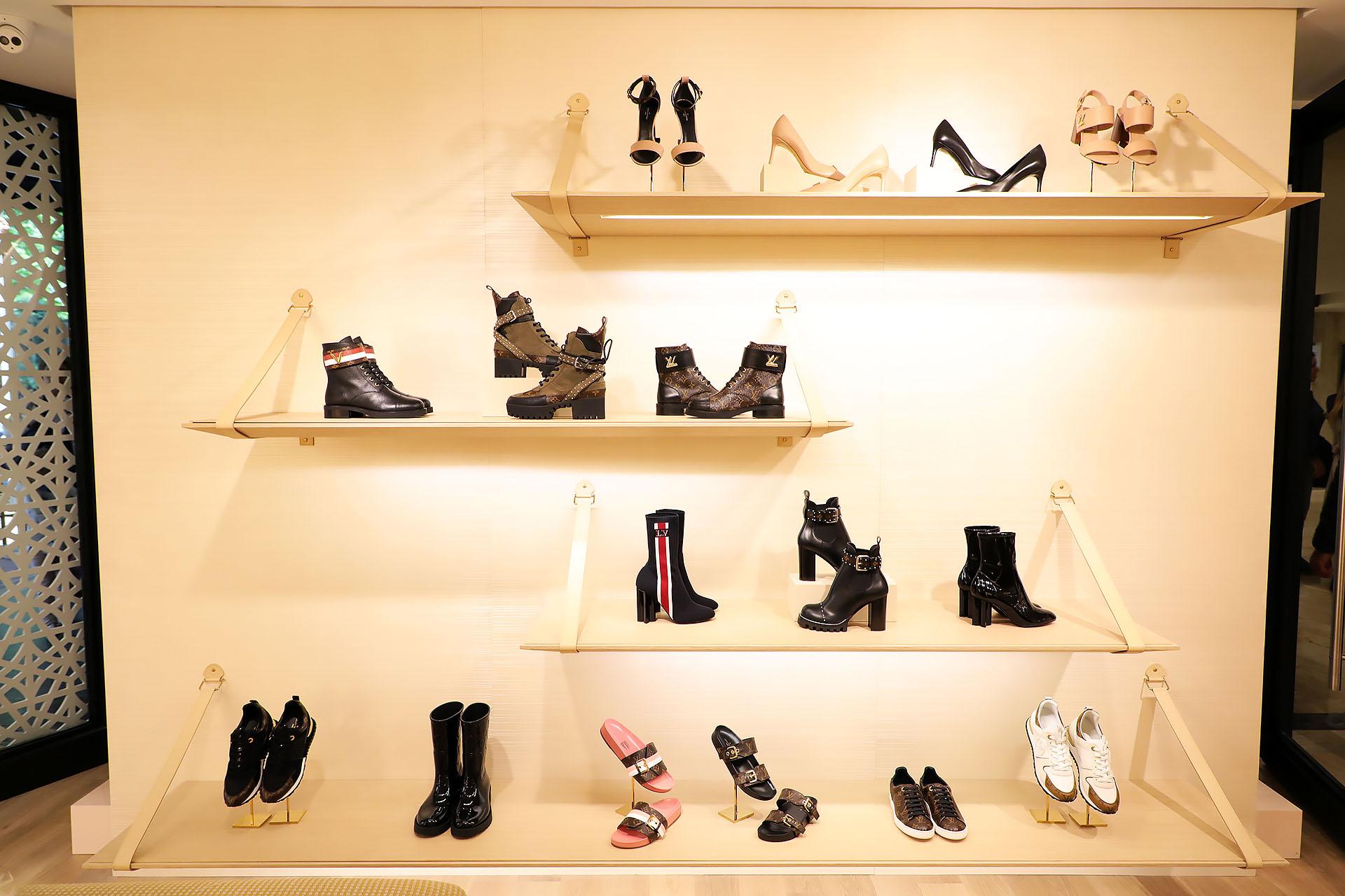 Más de 15 modelos de calzado con posibilidad de encargo en la tienda