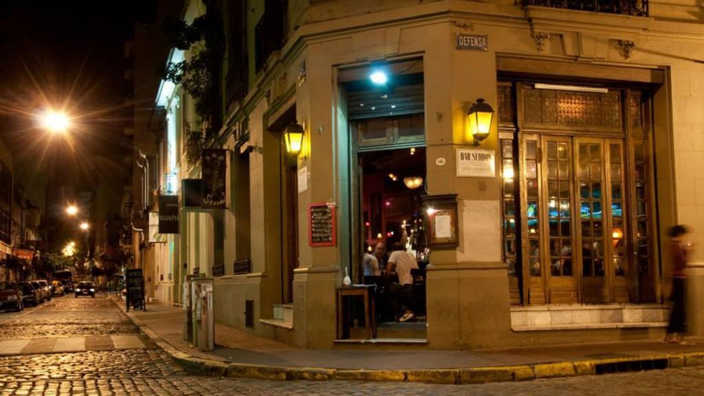Cafes-y-Bares-Notables-de-San-Telmo-2