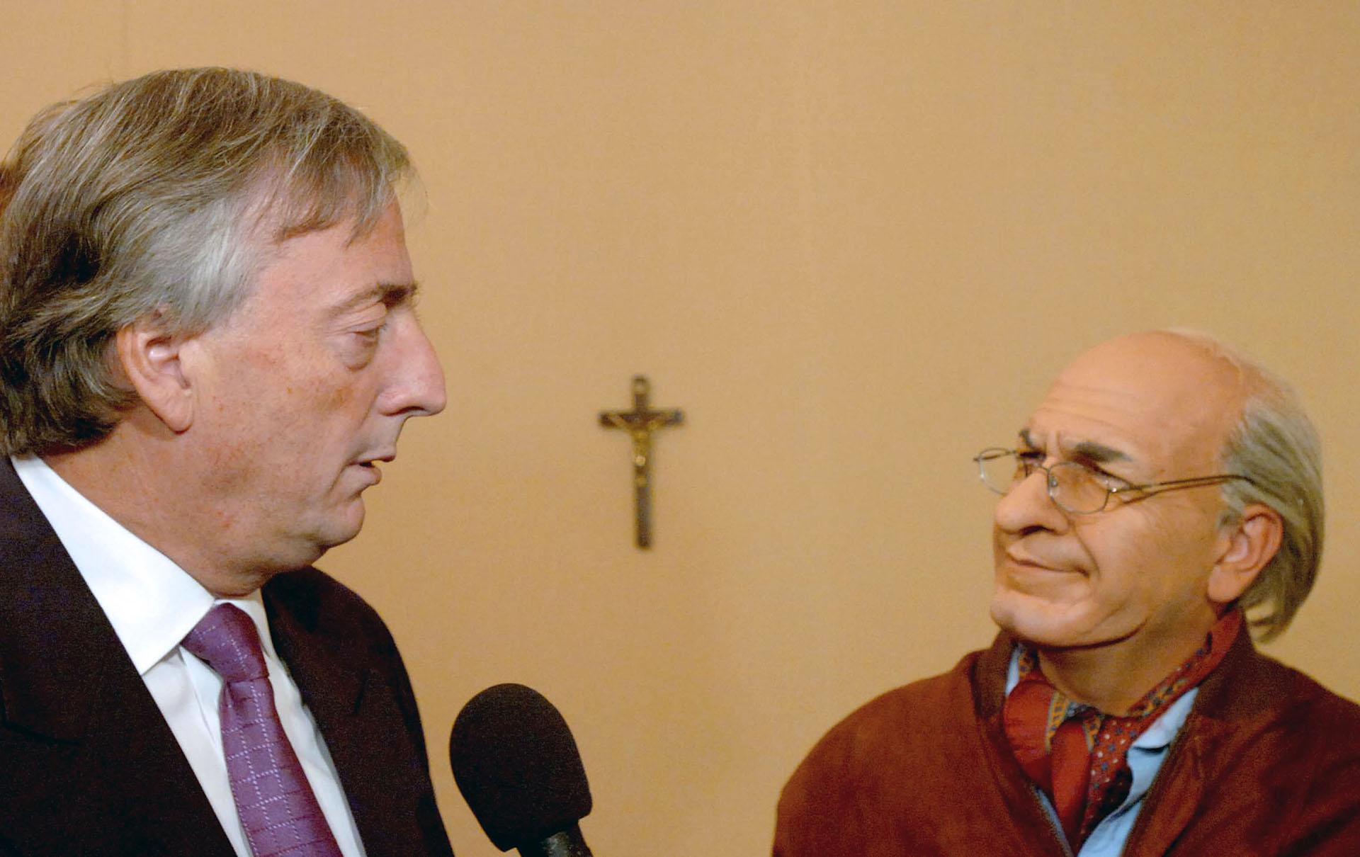 El presidente Néstor Kirchner graba un encuentro con el actor Freddy Villarreal interpretando a Fernando, en Casa de Gobierno, que se emitió en ShowMatch