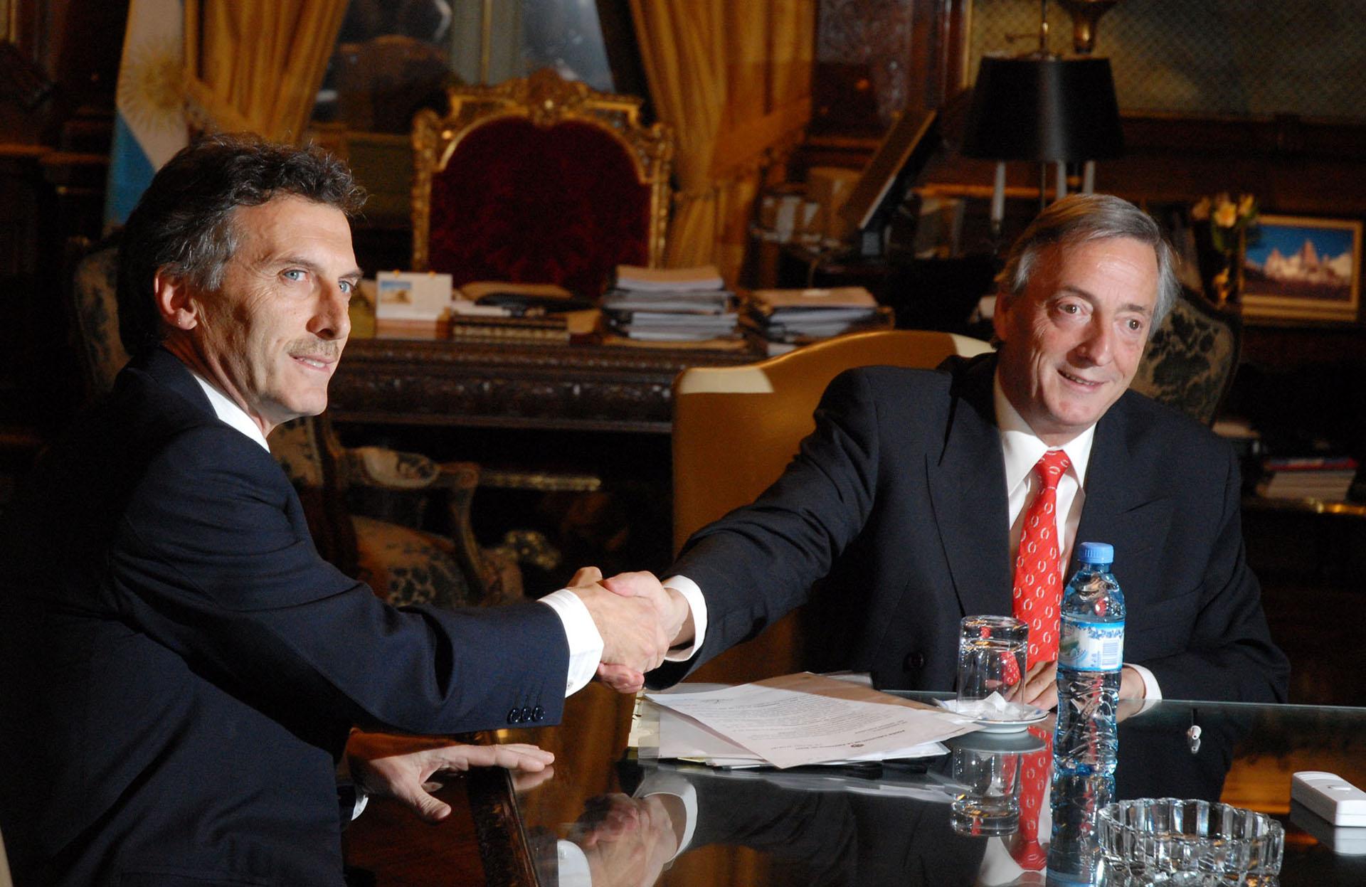 El presidente Néstor Kirchner recibe al Jefe de Gobierno electo, Mauricio Macri, en Casa de Gobierno.
