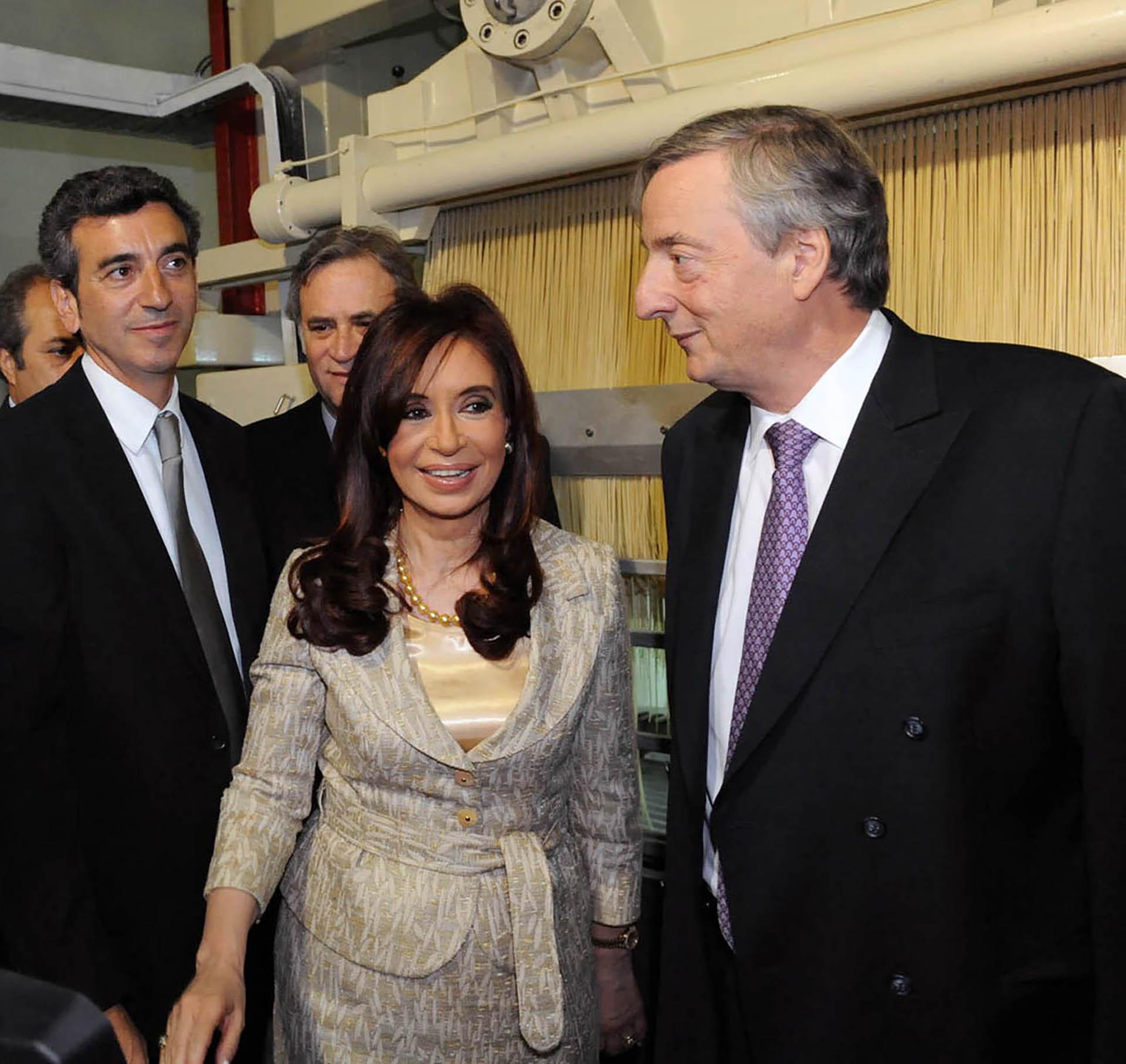 La presidenta Cristina Fernández de Kirchner junto al ex presidente Néstor Kirchner y el ministro Florencio Randazzo durante la última aparición pública en Chivilcoy