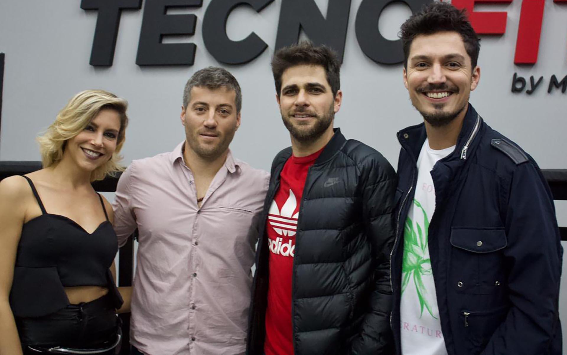 Inés Palombo, Fernando Carolei y Guido Zaffora acompañaron a Martín Venturino en la inauguración de su espacio Tecnofit (Crédito: Teleshow)