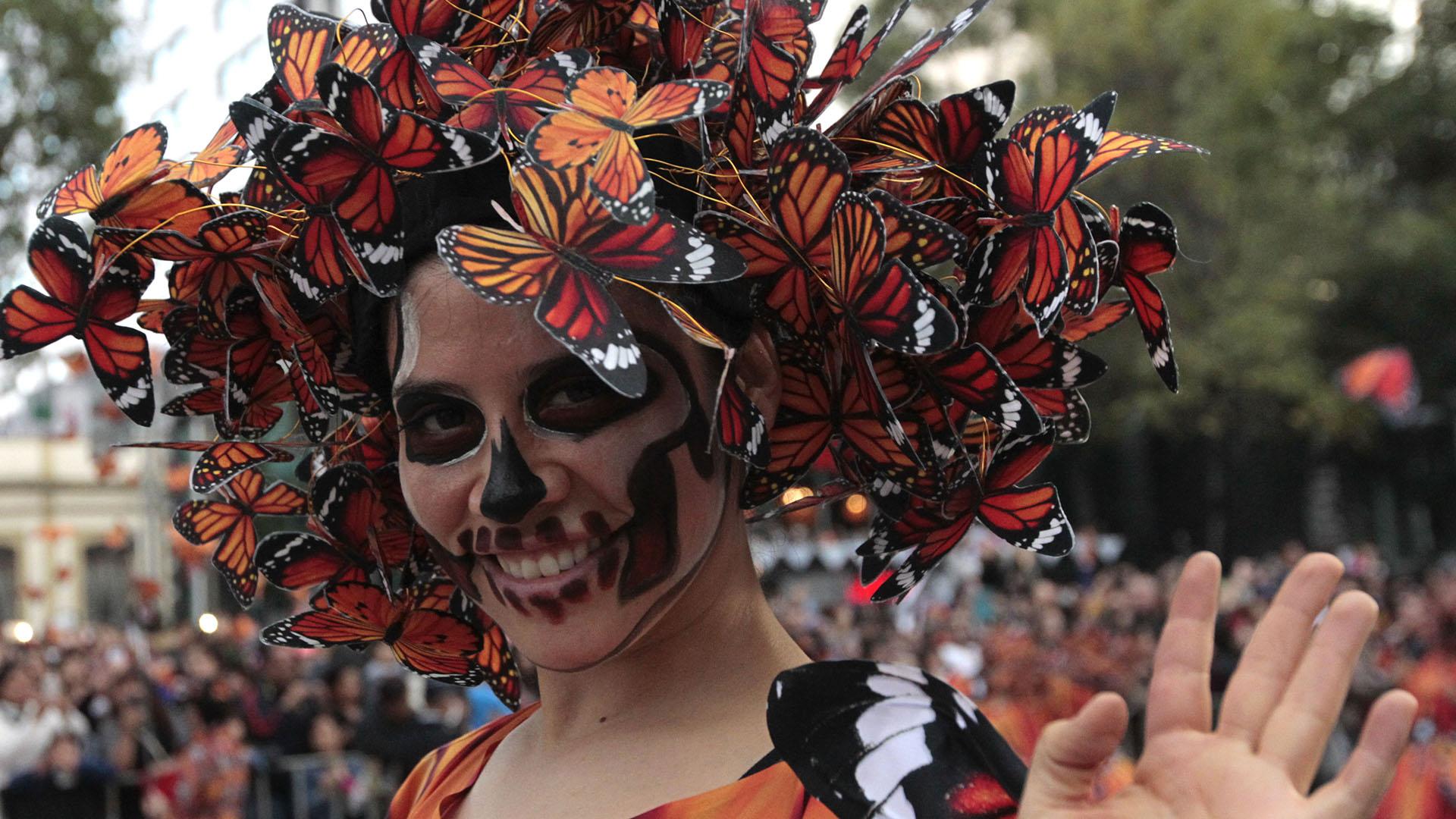 Este gran desfile busca representar no solo tradiciones ancestrales, sino también la capital y sus diferentes culturas