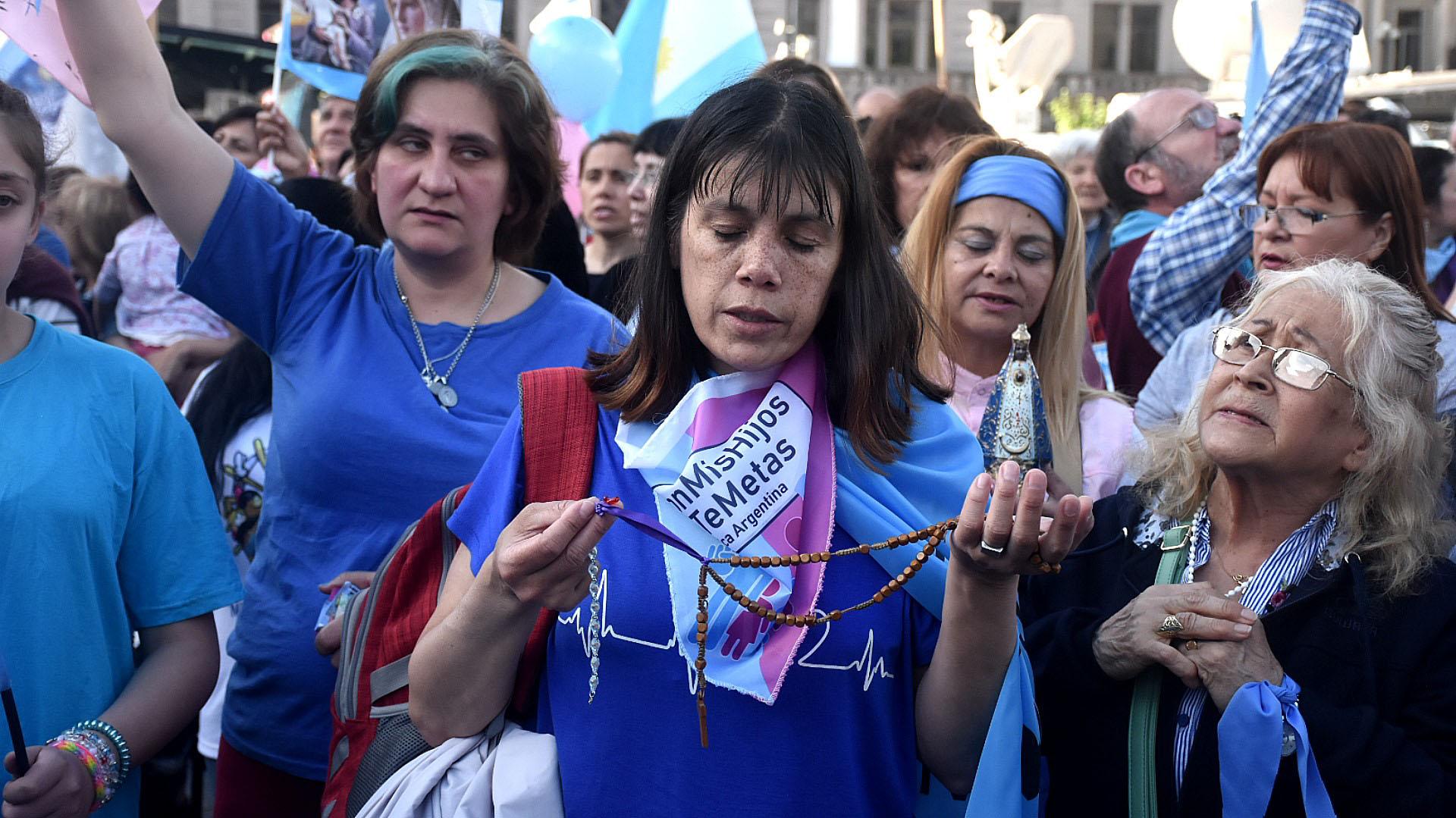 """La convocatoria se anunció en las redes sociales como """"contra la ideología de género"""""""