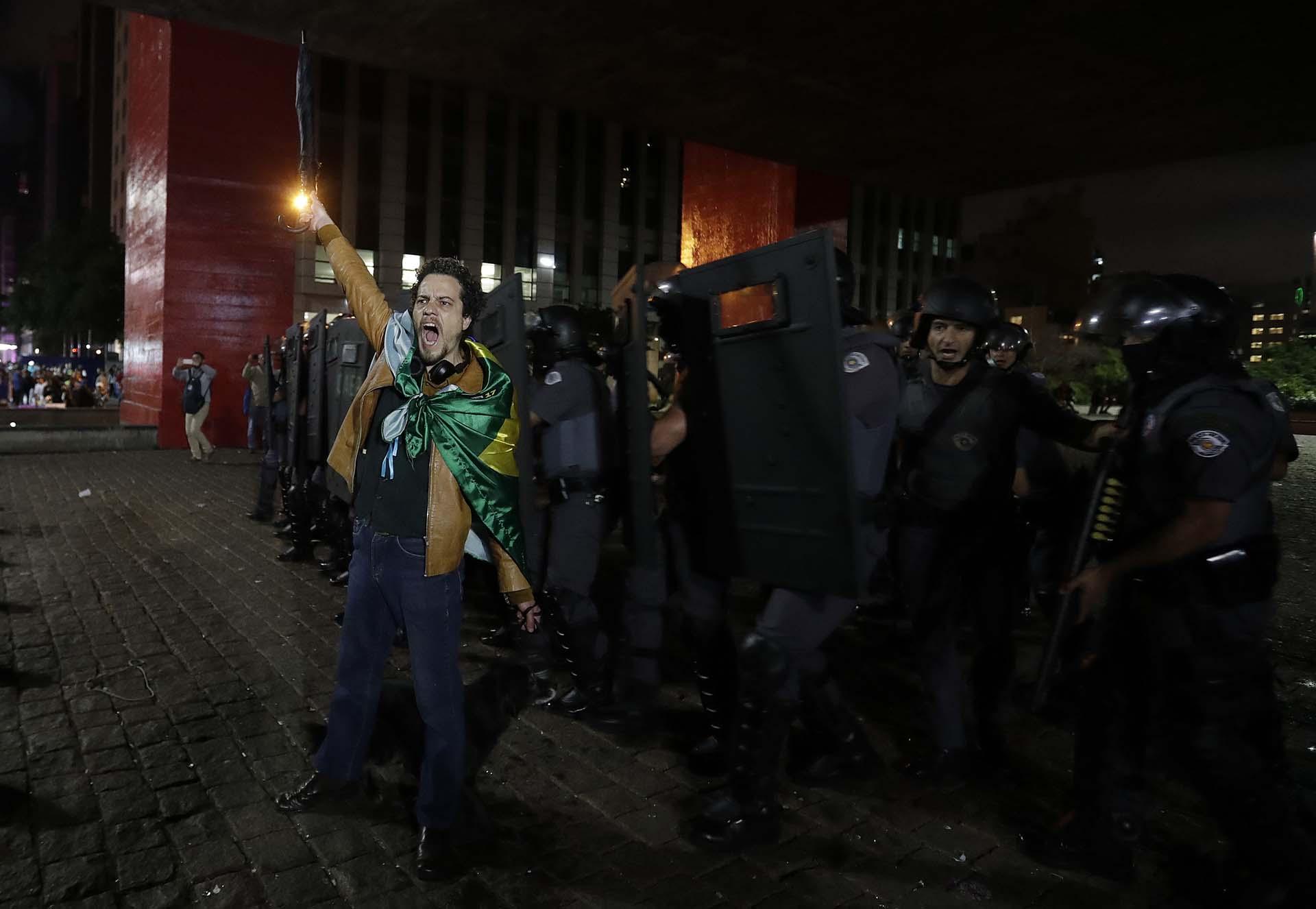 Bolsonaro agradeció a los millones de brasileños que lo llevaron a la presidencia (EFE/Sebastião Moreira)