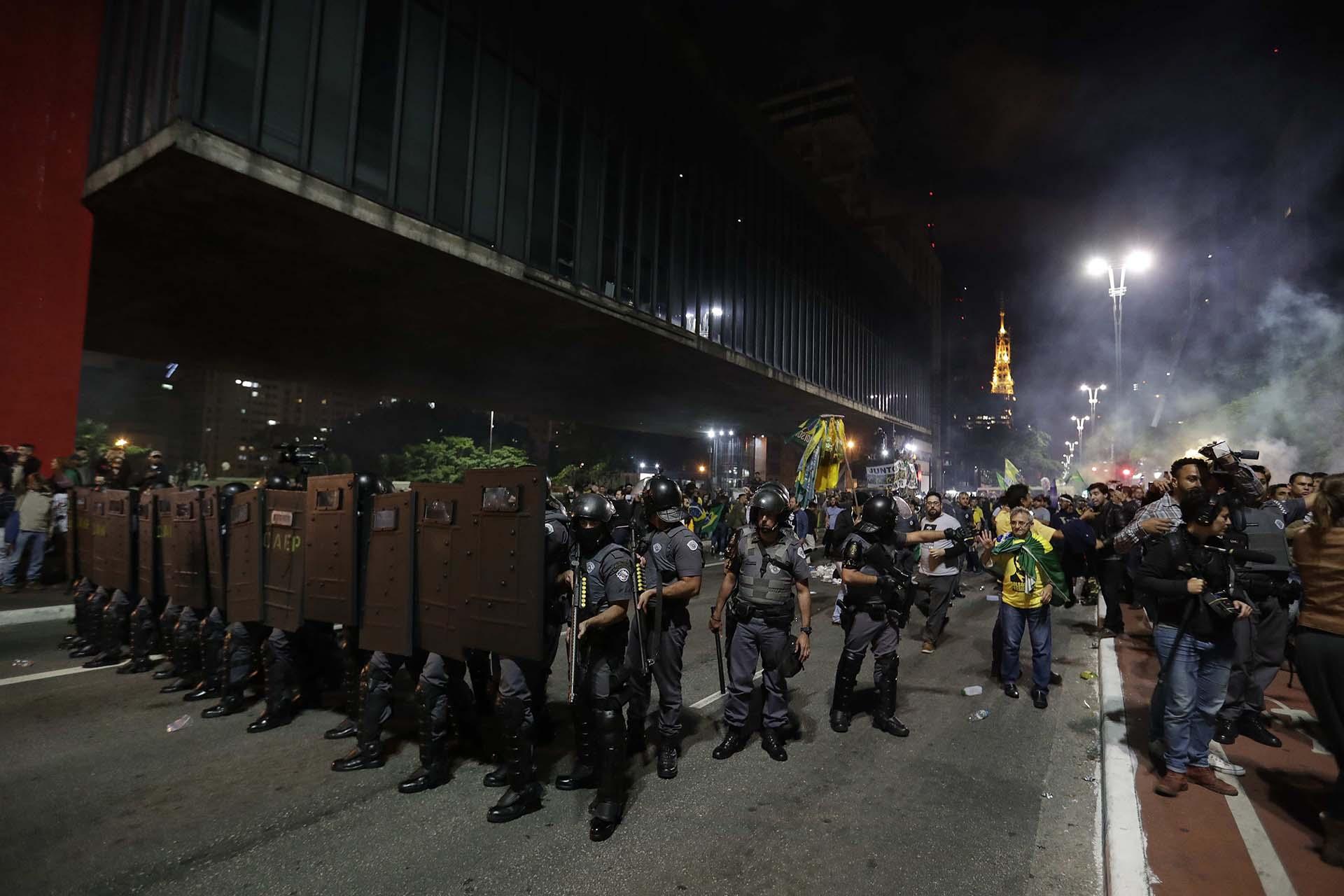 En San Pablo se desplegó un amplio operativo de seguridad (EFE/Sebastião Moreira)