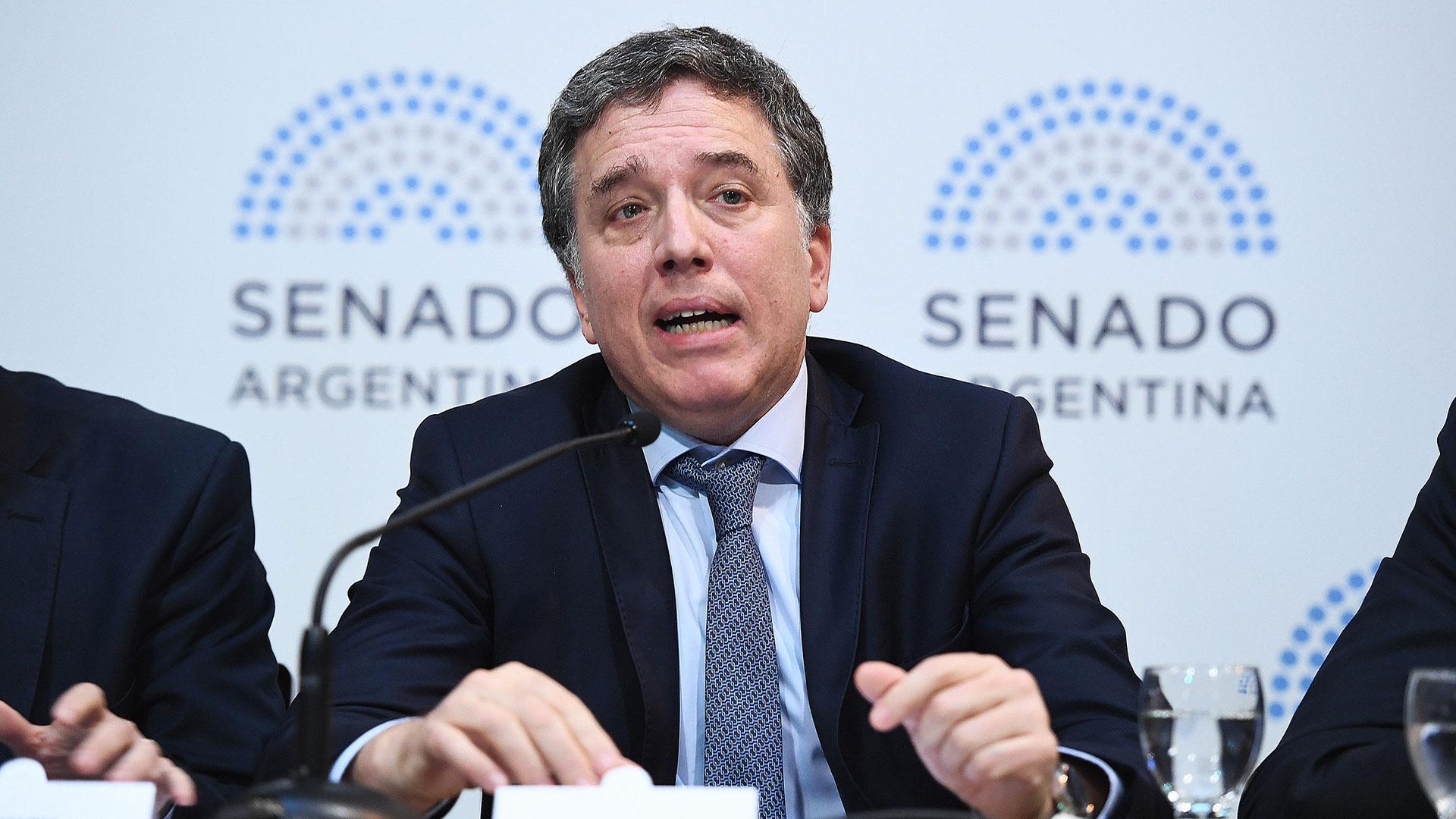 El ministro Nciolas Dujovne en el Senado (Gabriel Cano/ Comunicación Senado)