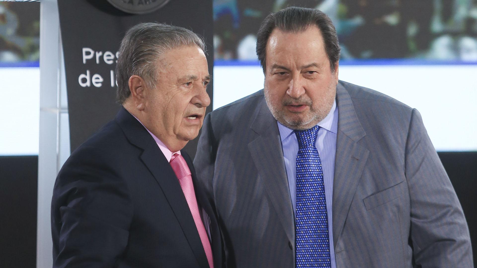 Eduardo Duhalde junto al ex ministro de Justicia León Arslanián