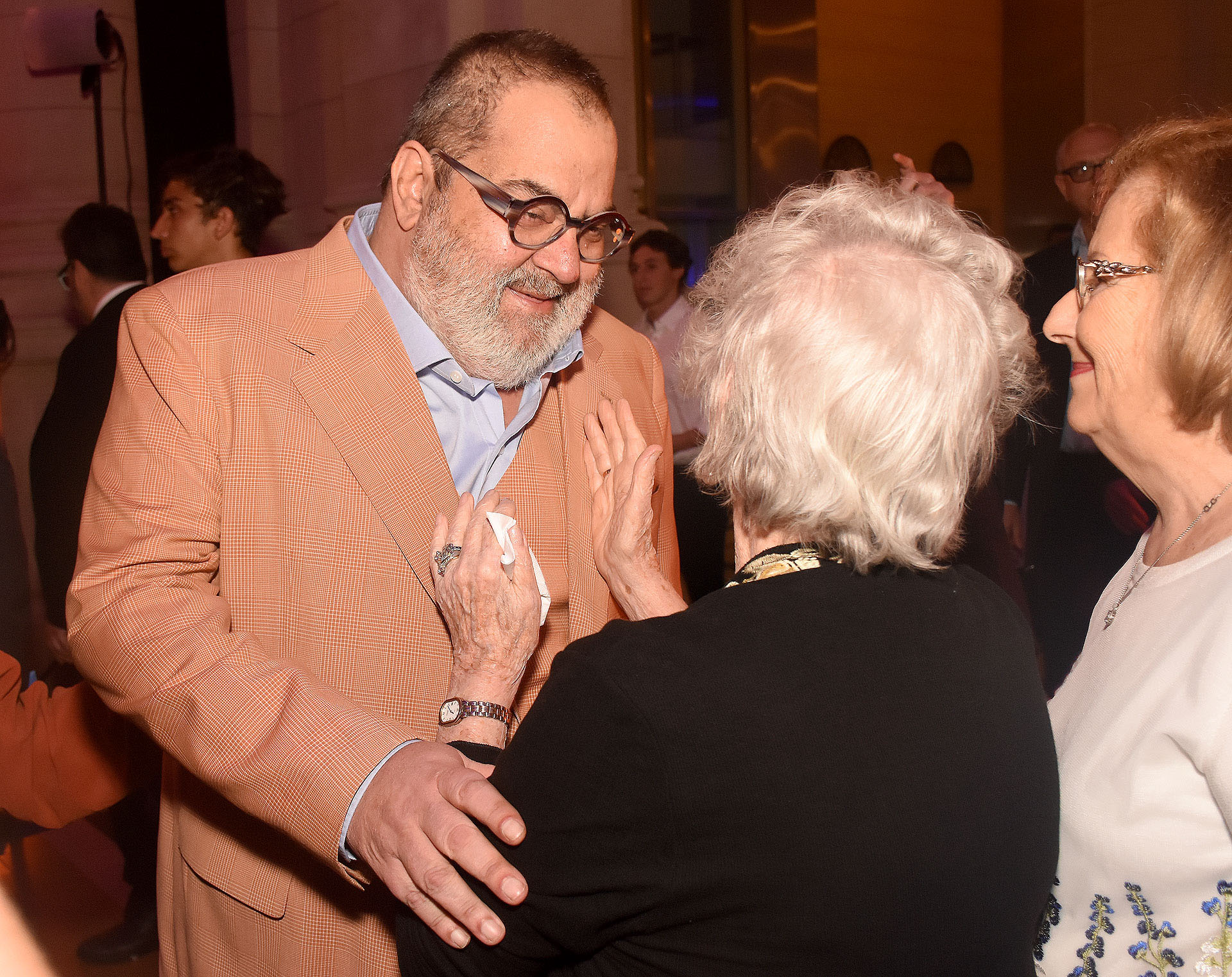 Jorge Lanata saluda a sobrevivientes del Holocausto