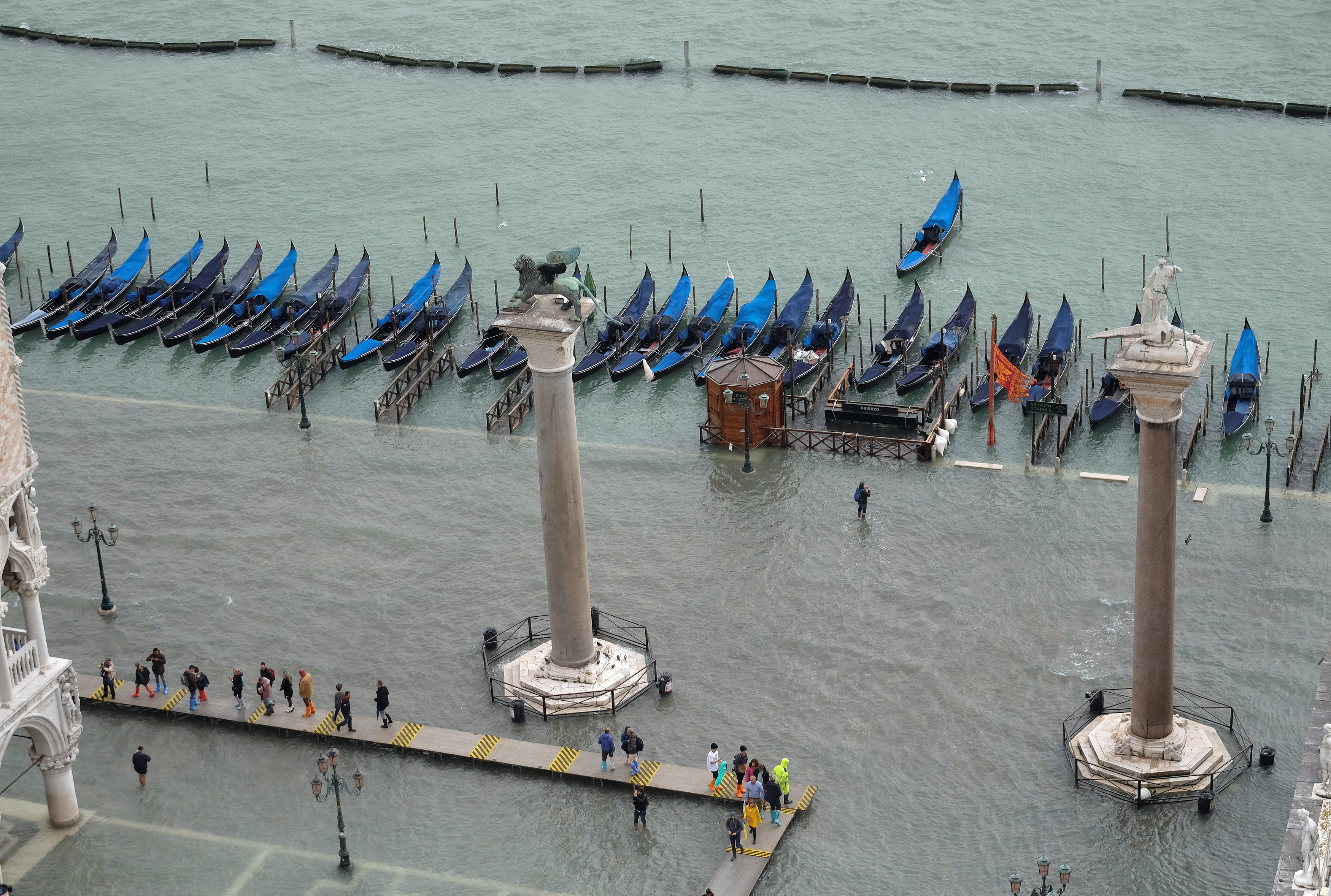El agua inundó a la Plaza San Marco (Reuters/Manuel Silvestri)