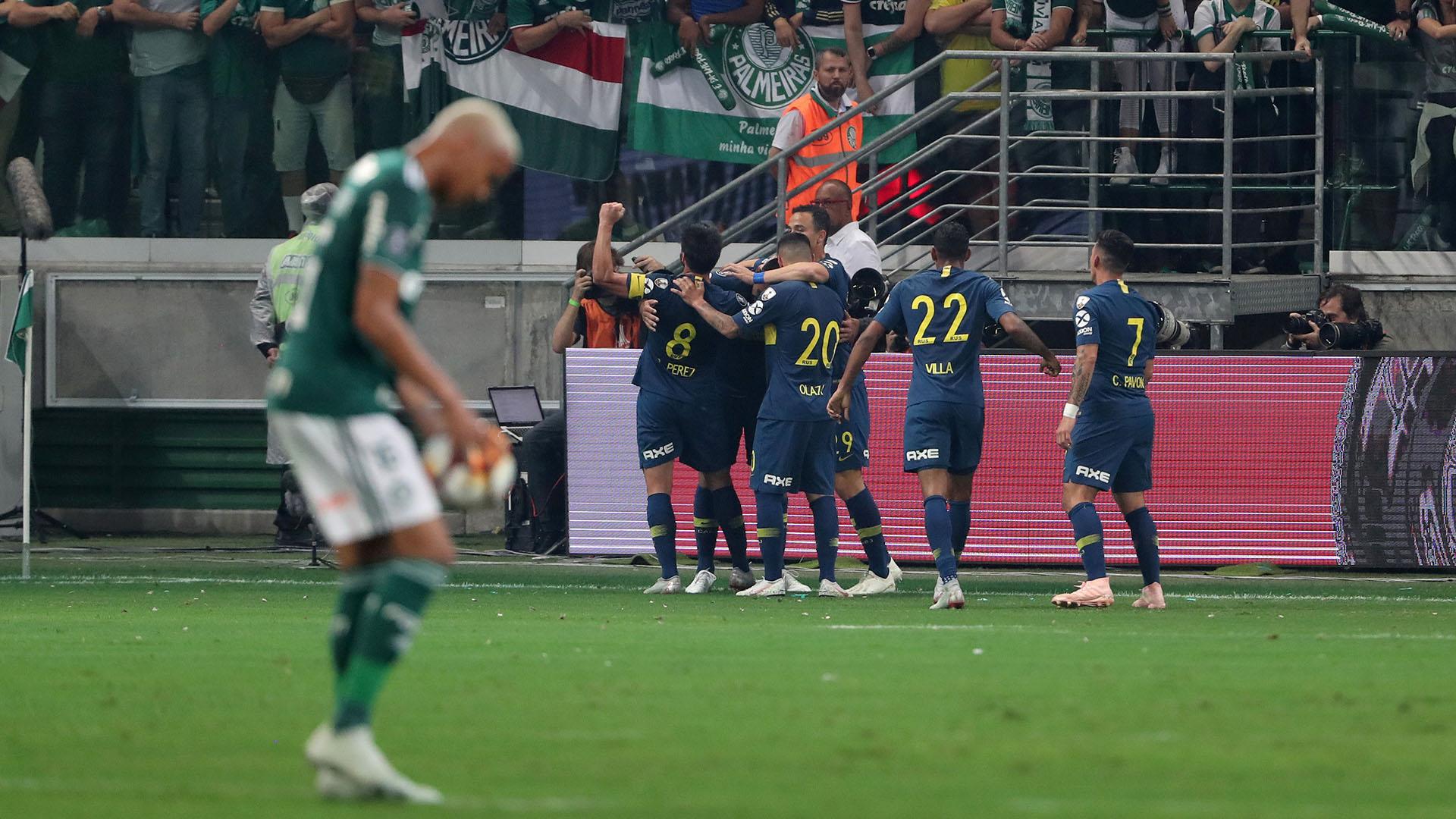 """La celebración del """"Xeneize"""" contrasta con el lamento de los jugadores de Palmeiras"""