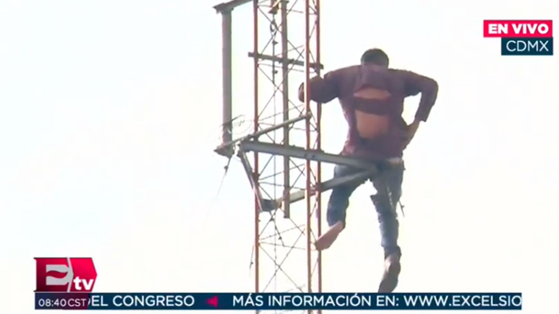 Se subió a lo más alto de una antena de telecomunicaciones