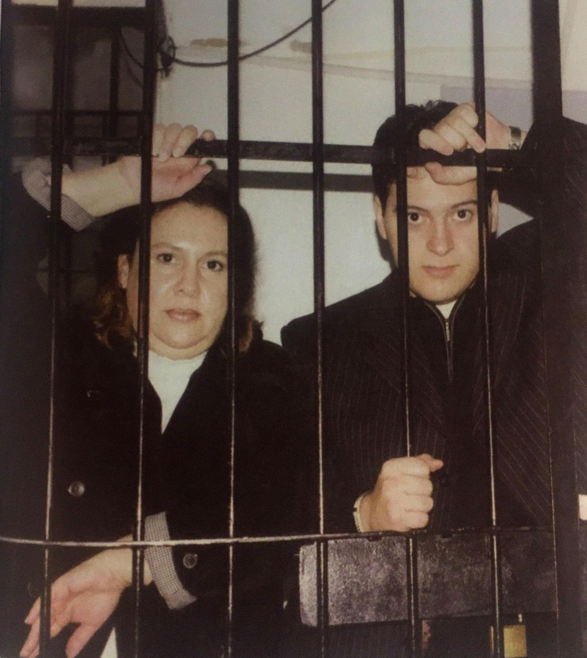 Cuartel de Drogas Peligrosas en Buenos Aires. Allí estuvieron detenidos Juan Pablo Escobar (45 días) y Victoria Eugenia Henao (540 días) (Victoria Eugenia Henao / Editorial Planeta)