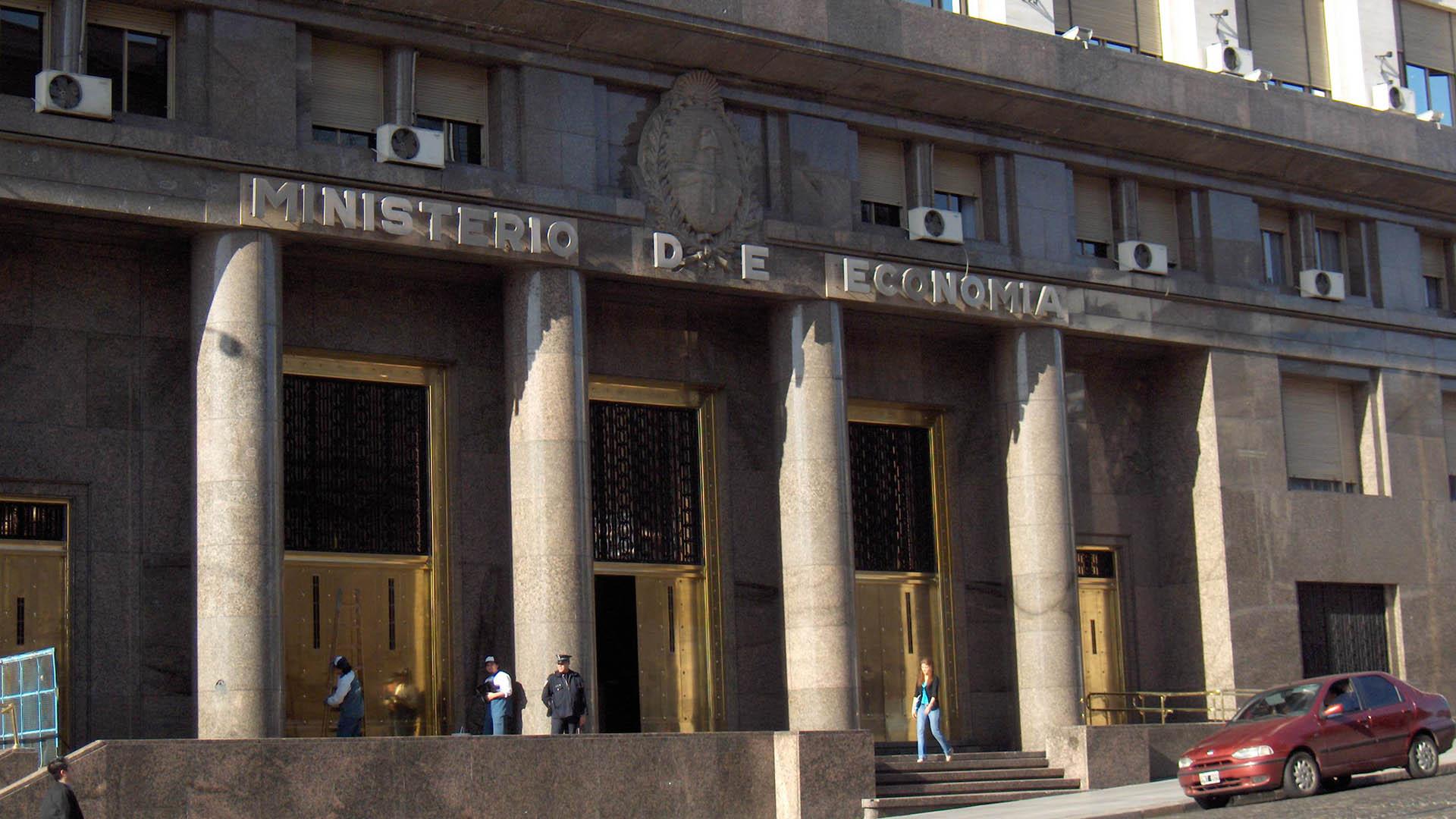 El Palacio de Hacienda fue declarado Monumento Histórico Nacional - Infobae