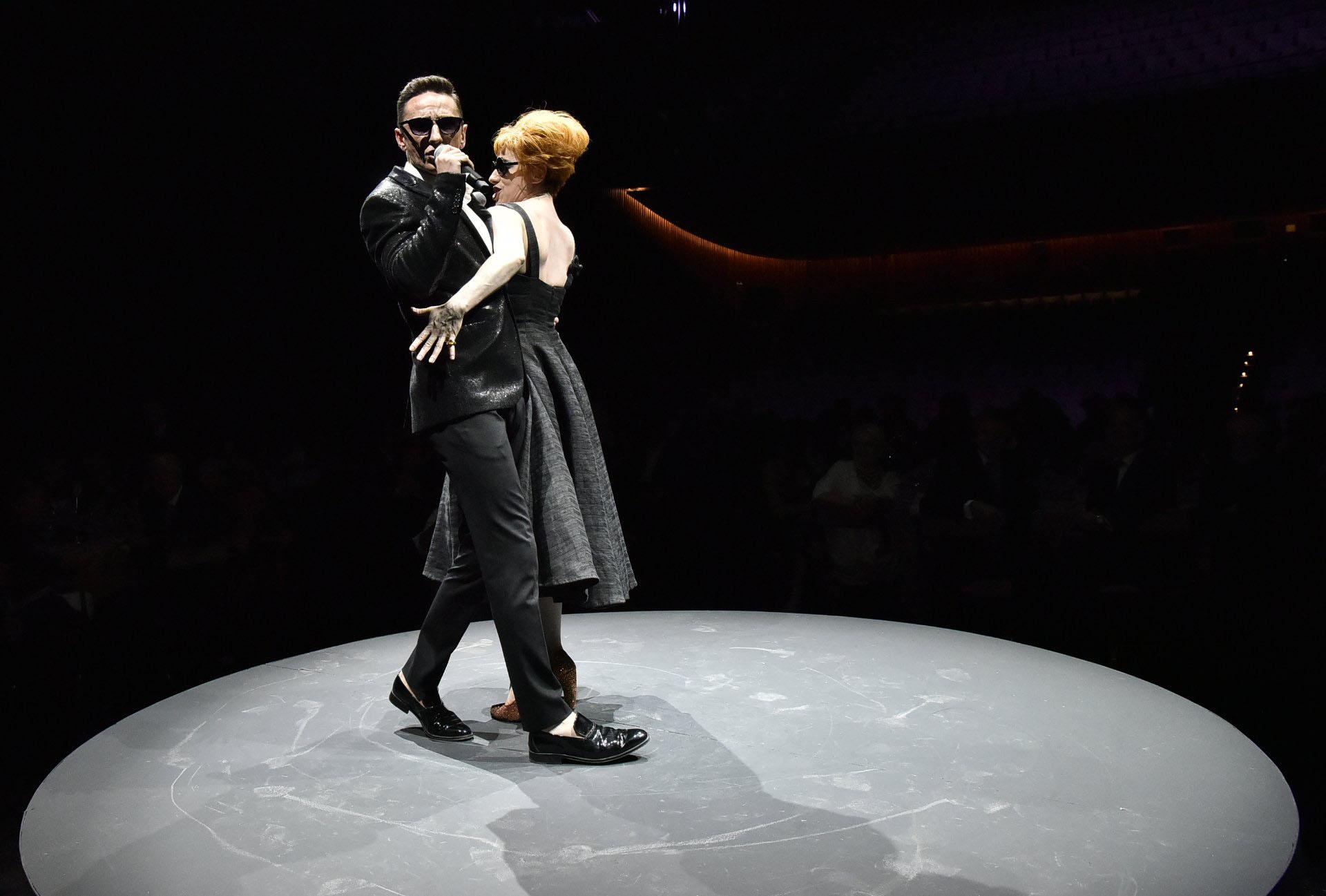 """Alejandra Radano y Carlos Casella interpretaron temas del espectáculo """"Divino Amore"""""""