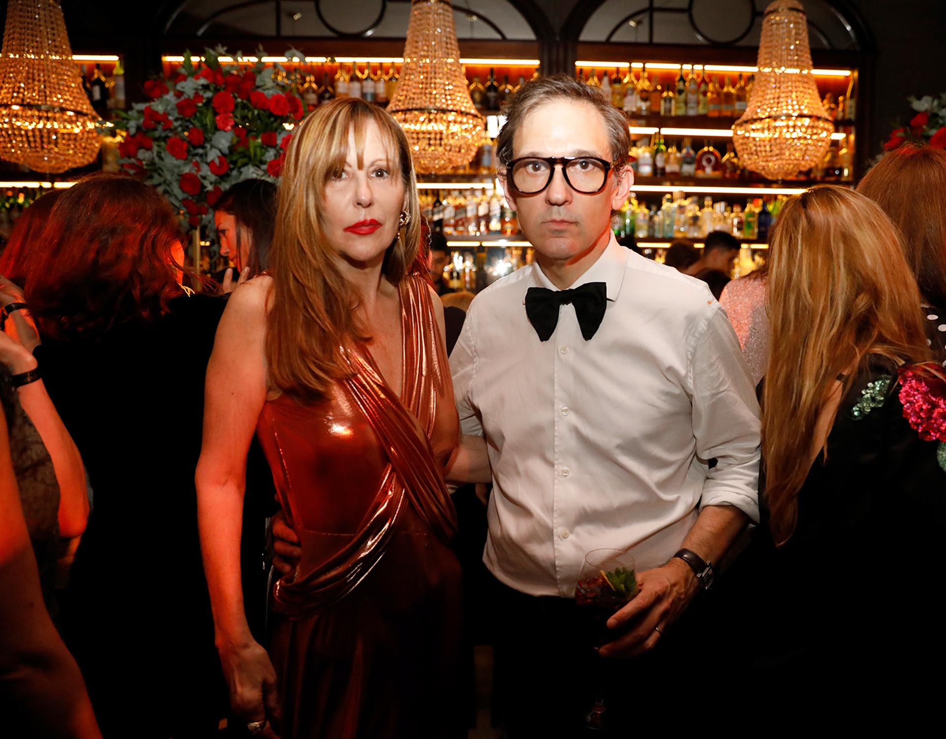 Muñeca Moore, con el diseñador