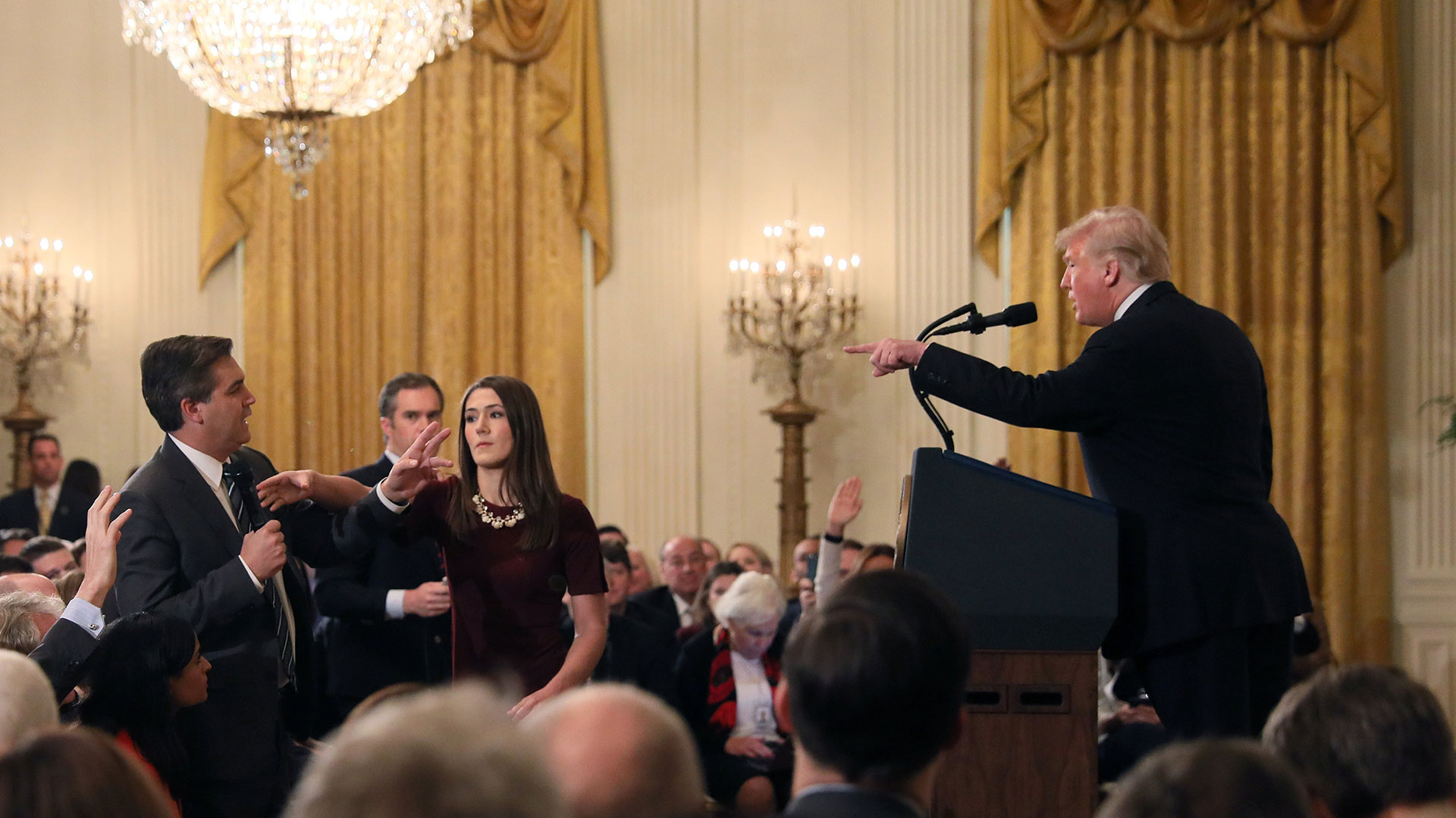 Trump increpa al periodista de CNN, Jim Acosta(Reuters)