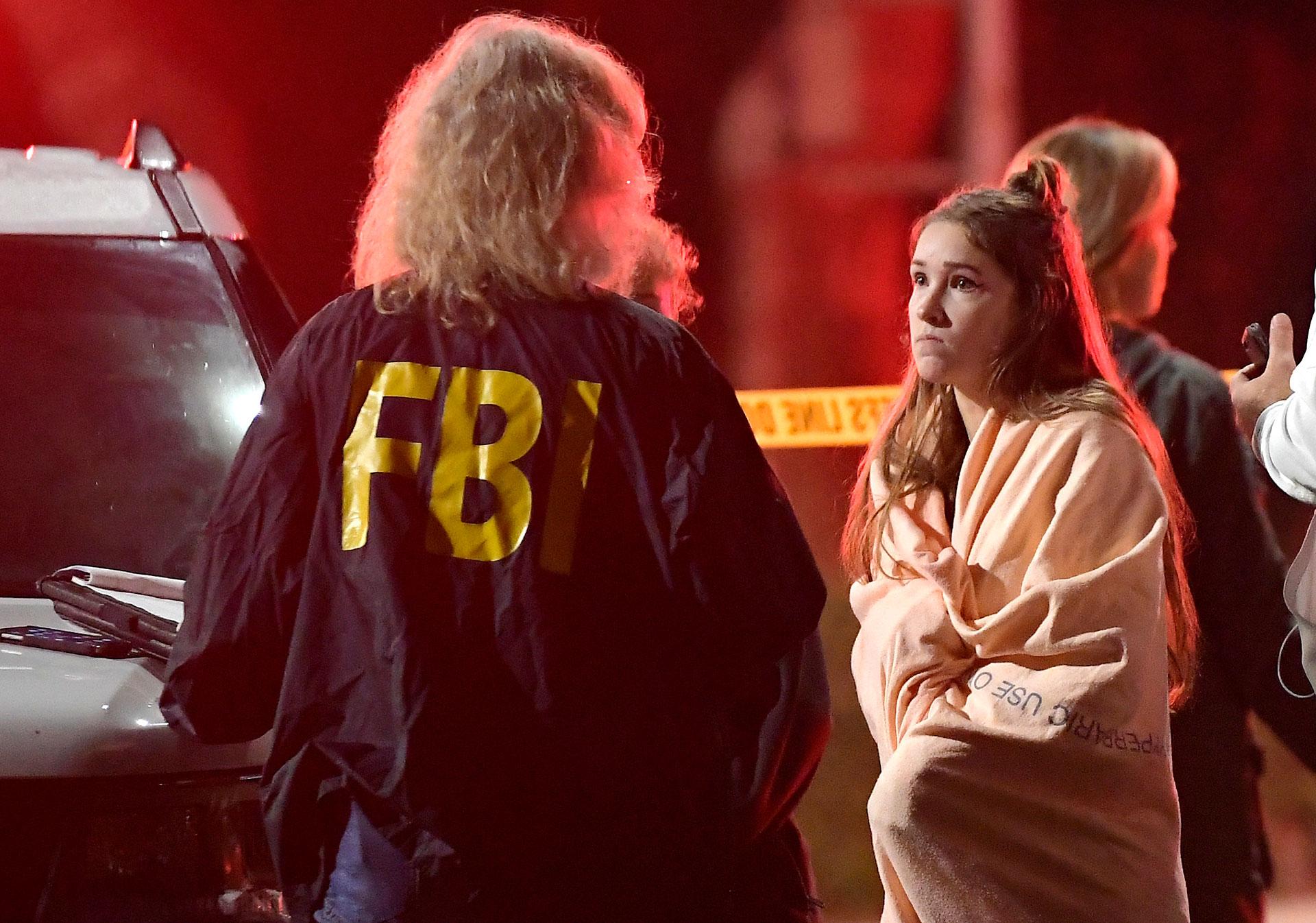 La policía asistió a las víctimas, que se quedaron en el lugar para brindar su testimonio