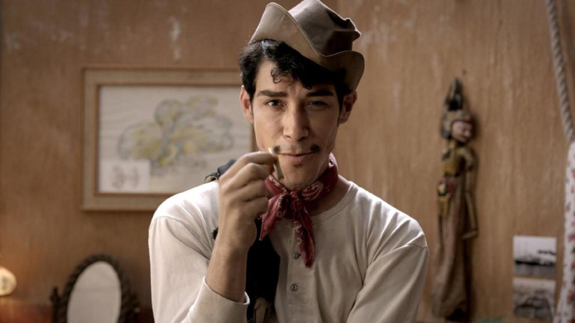 El actor español interpretando al reconocido comediante mexicano Cantinflas