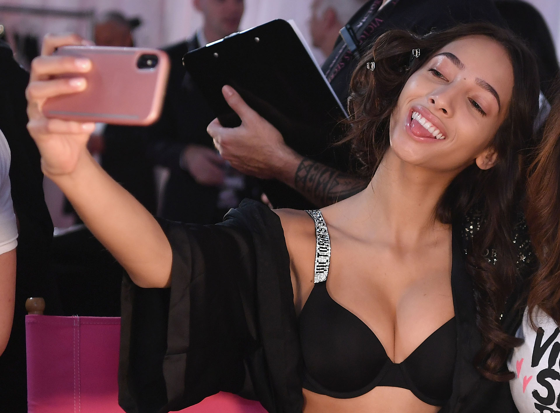 Las infaltable selfies en el detrás de escena