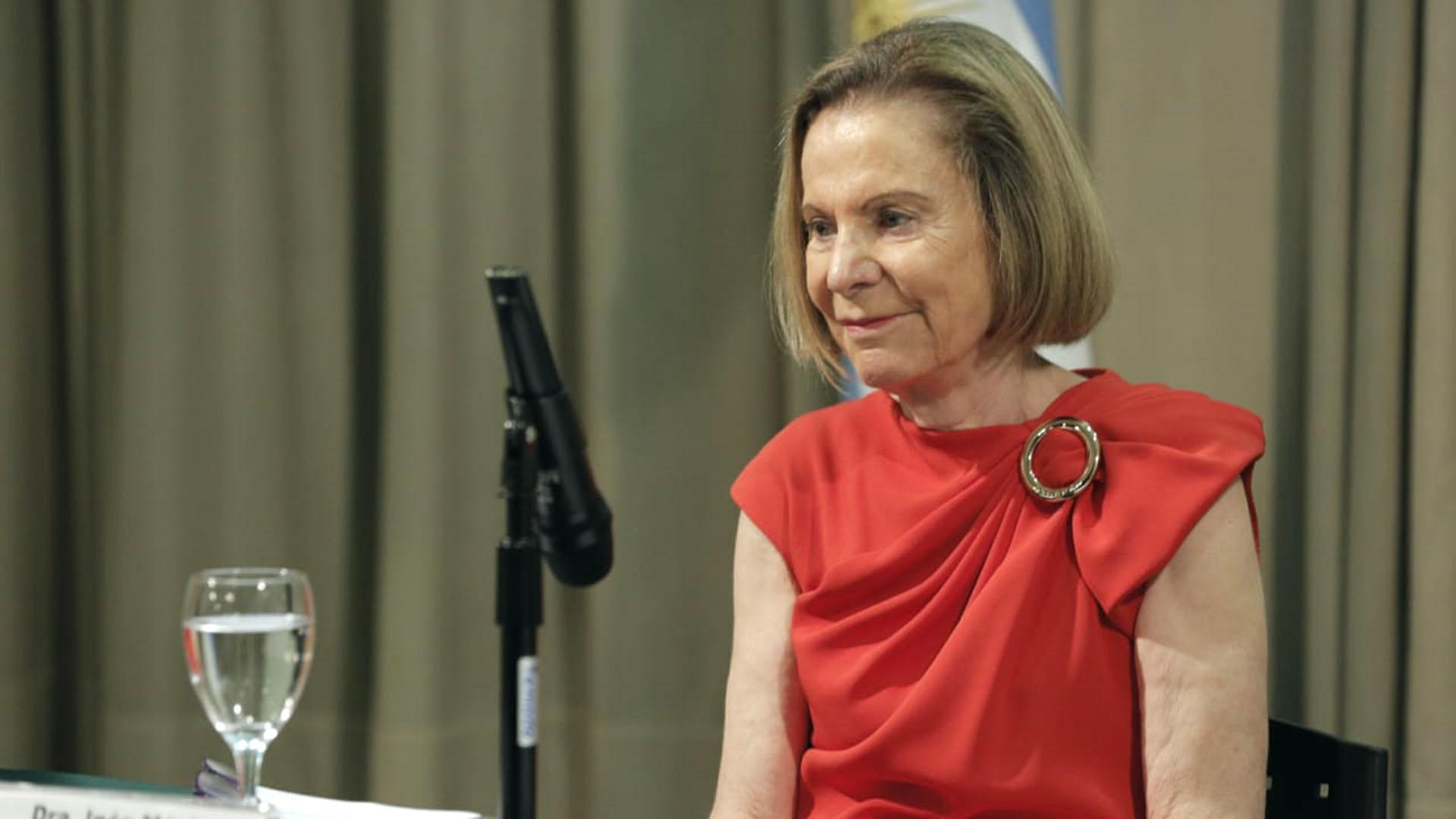 """La doctora Weinberg ,encionó que a lo largo de su carrera fue testigo de """"muchas situaciones de enorme inequidad para miles de mujeres"""""""