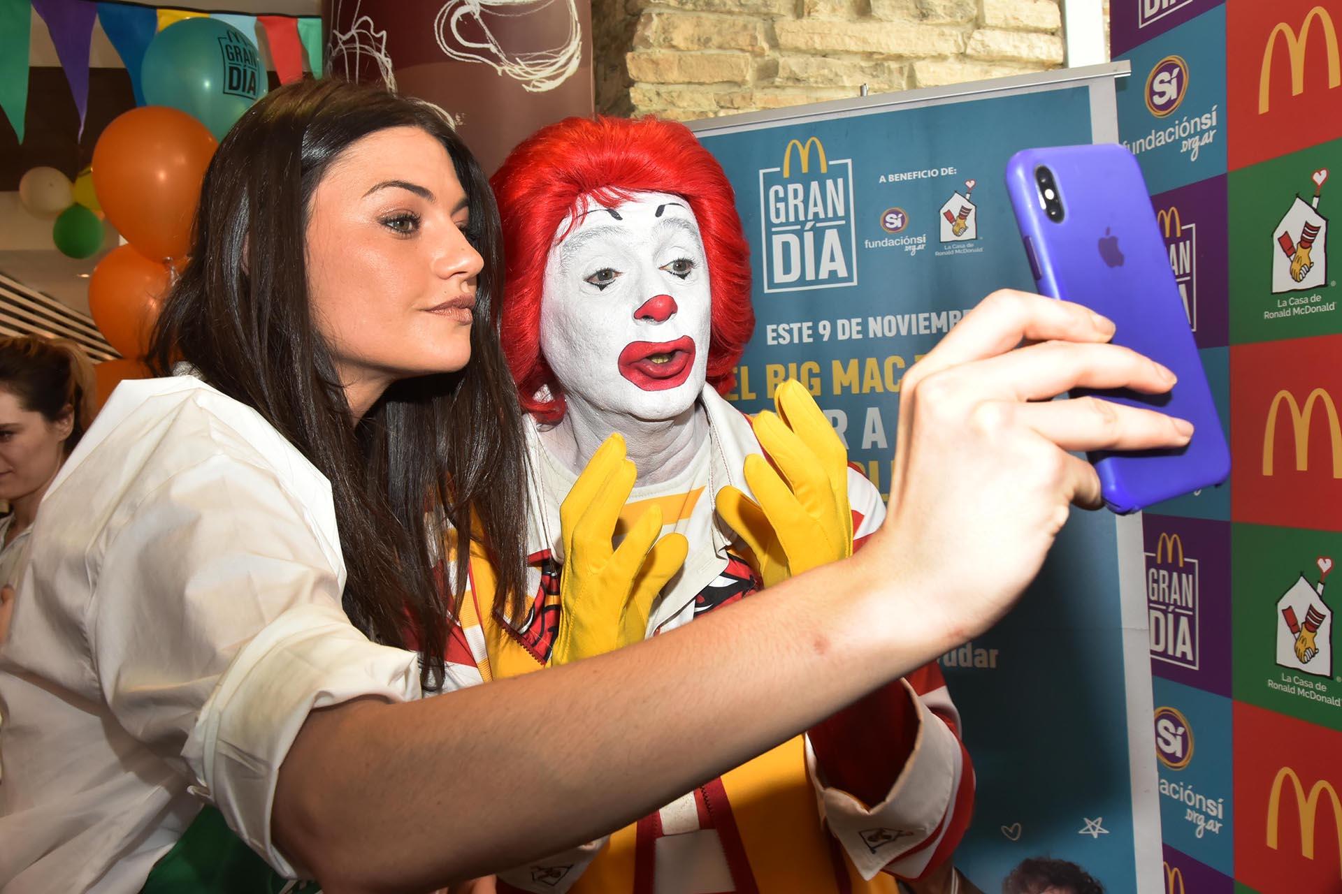 Muchos famosos se acercaron a celebrar el Gran Día de Mc Donald's