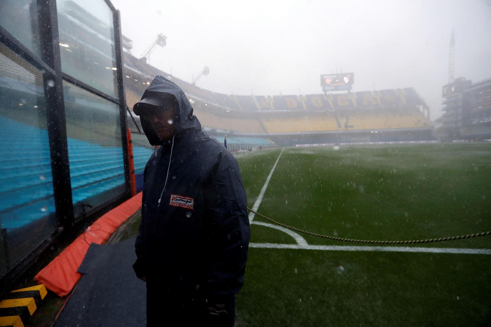 Cuando en la Bombonera ya no se podía ver (Fotos: AFP, Reuters, EFE, AP)