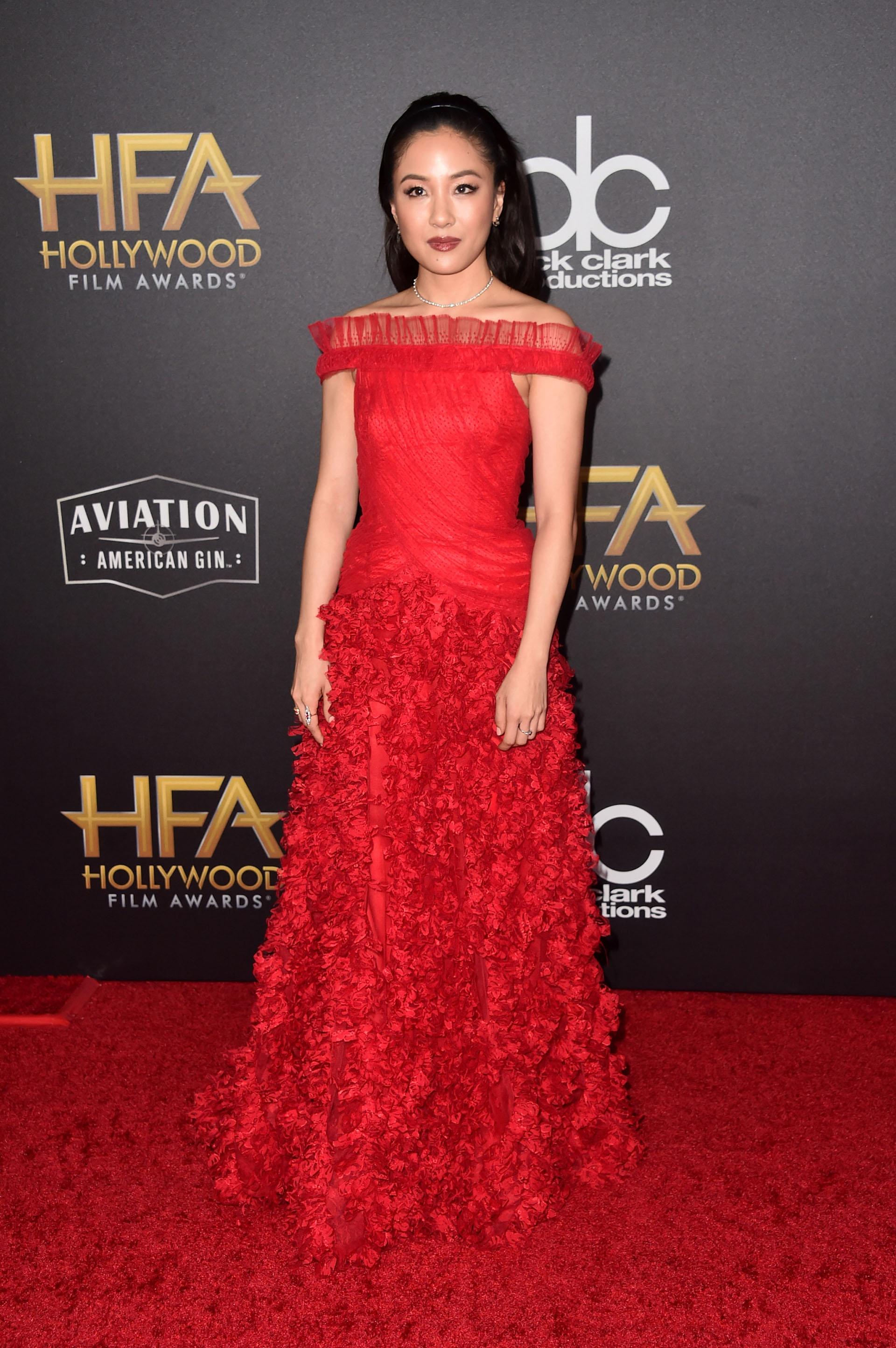 El fabuloso vestido de Constance Wu
