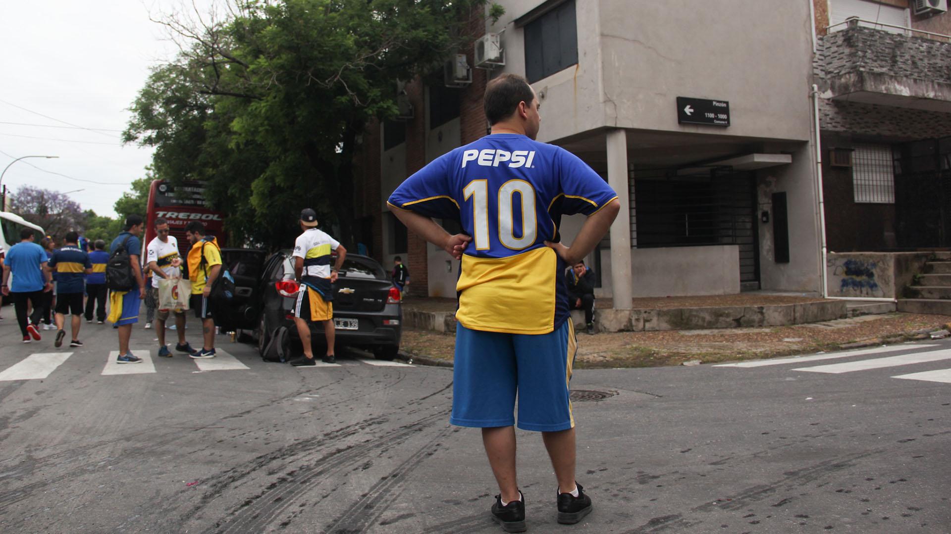 Todos expectantes por el comienzo del Boca-River por la ida de la final de la Copa Llibertadores de América 2018 (Matias Baglietto)