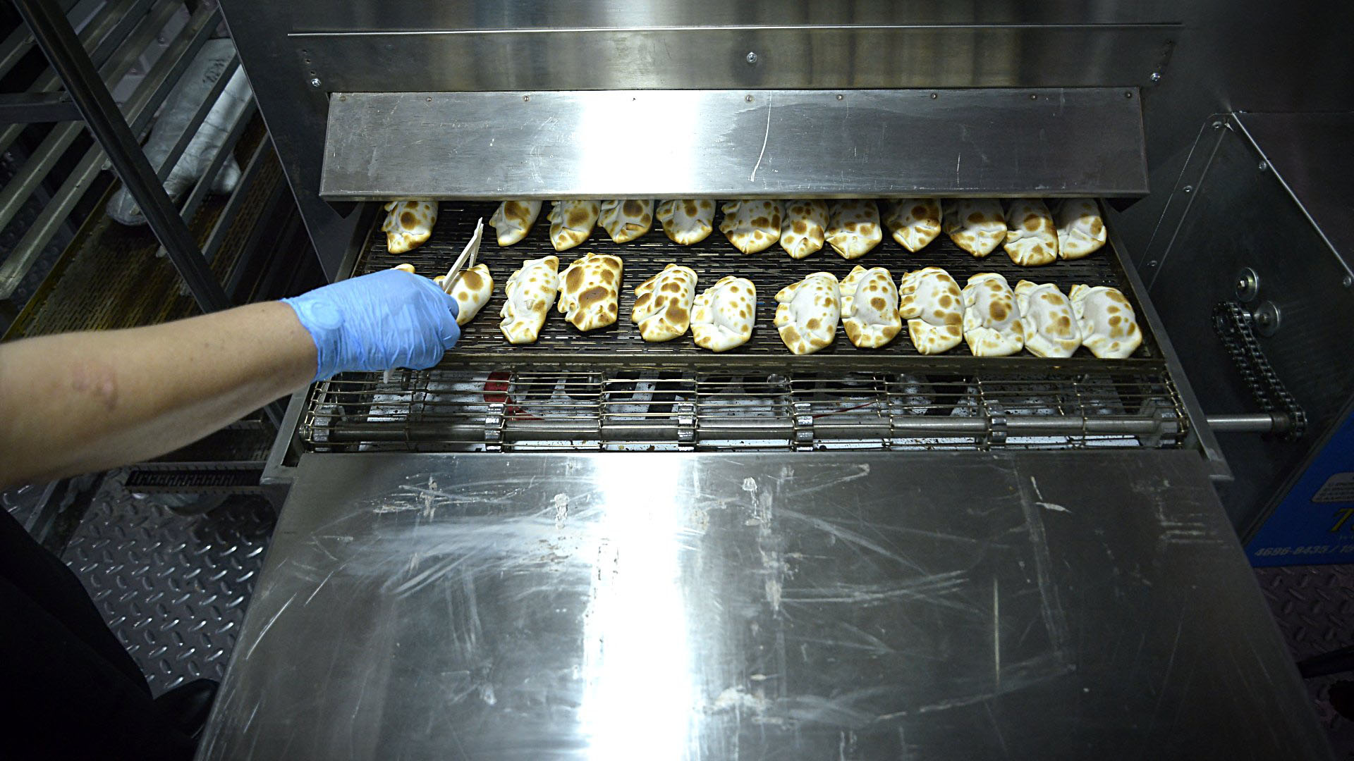 El horno en su punto justo para cocinar las empanadas