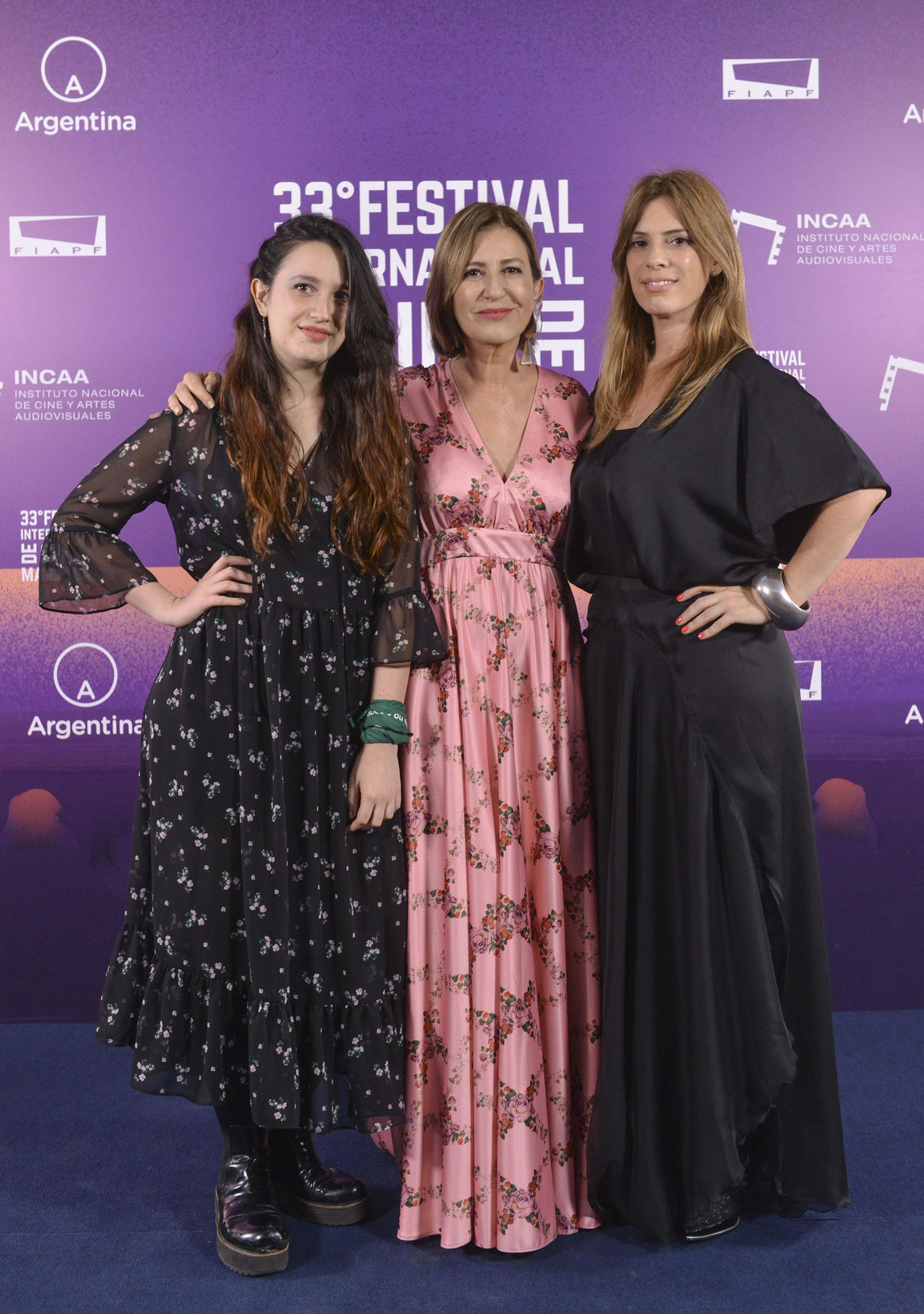 Mercedes Morán y sus hijas