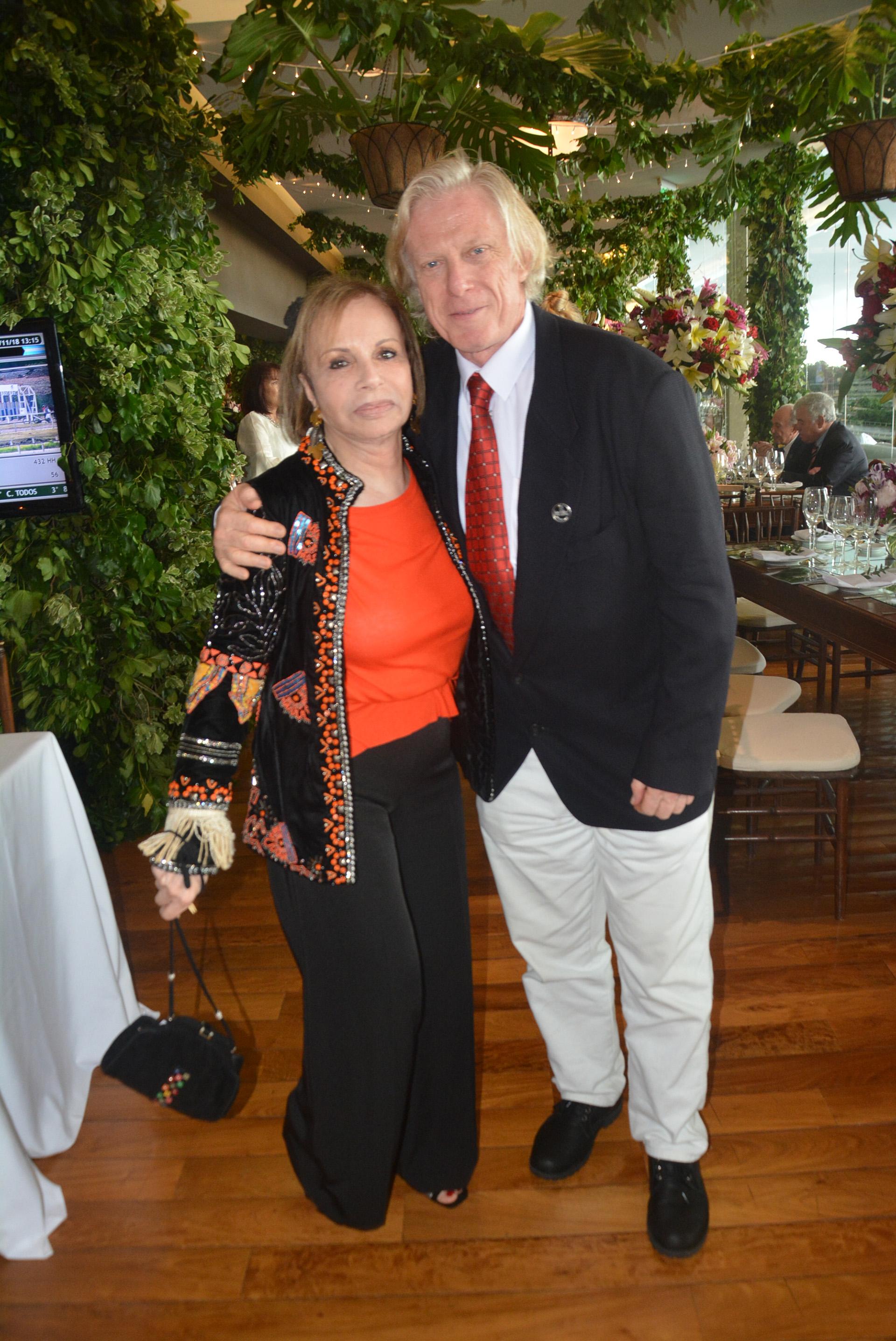 Pablo Goldschmidt y su mujer