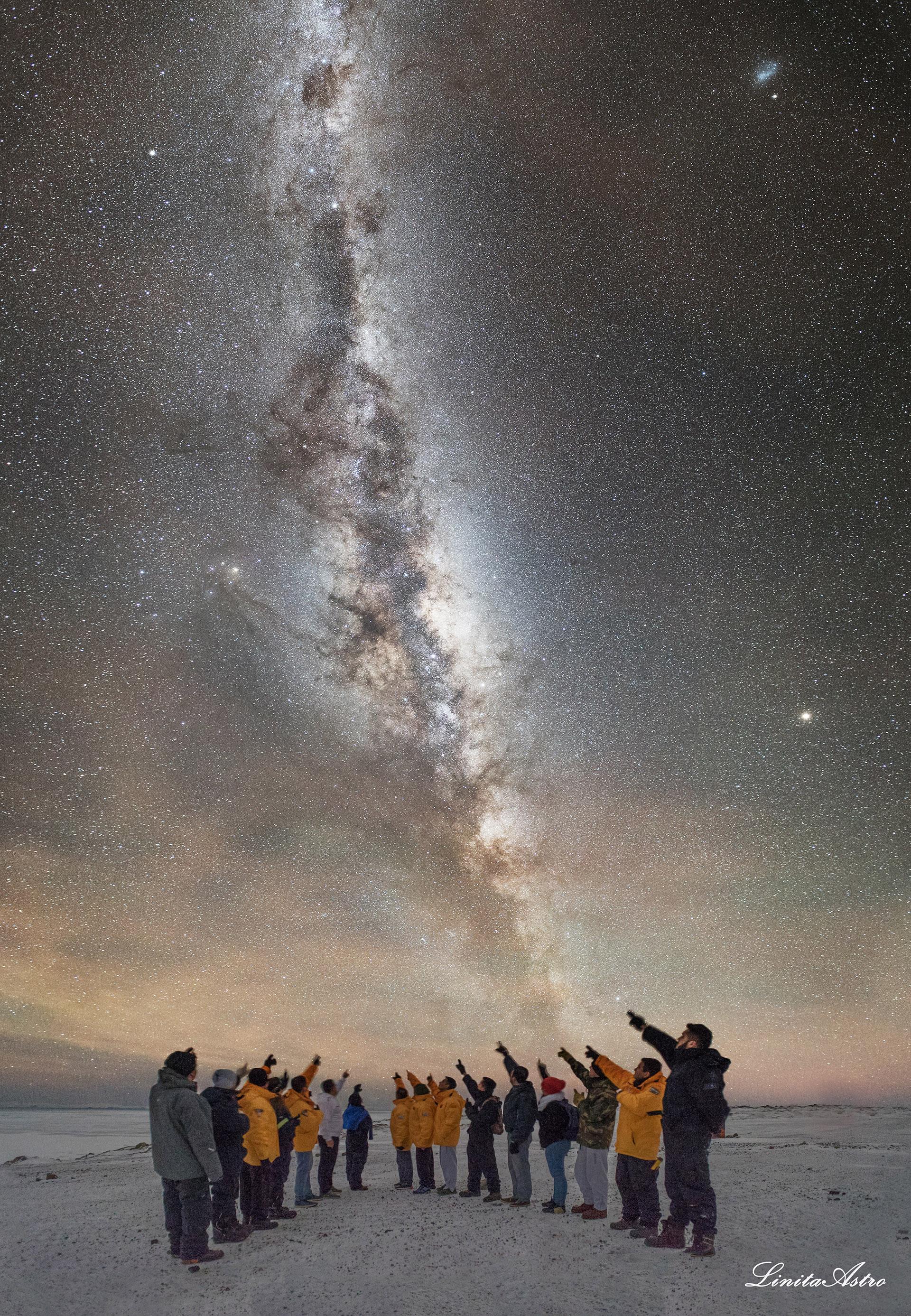 """""""No somos más que polvo de estrellas"""":se llama la foto. El nombrehace alusión a la frase del gran científico Carl Sagan, adorado por ella."""