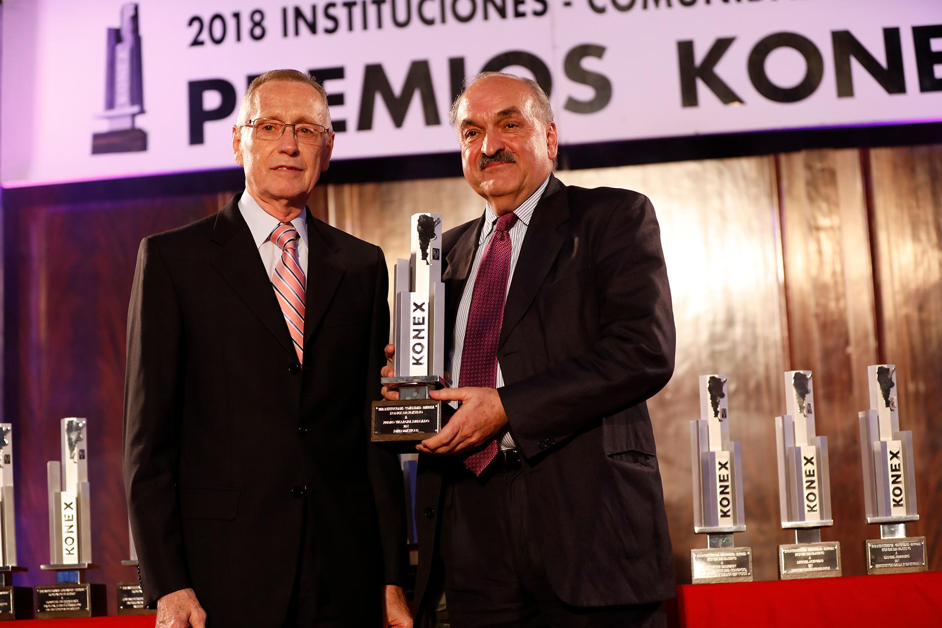 Pedro Villagra Delgado: Konex de Platino- Diplomáticos. Entregó el Premio, Adalberto Rodríguez Giavarini