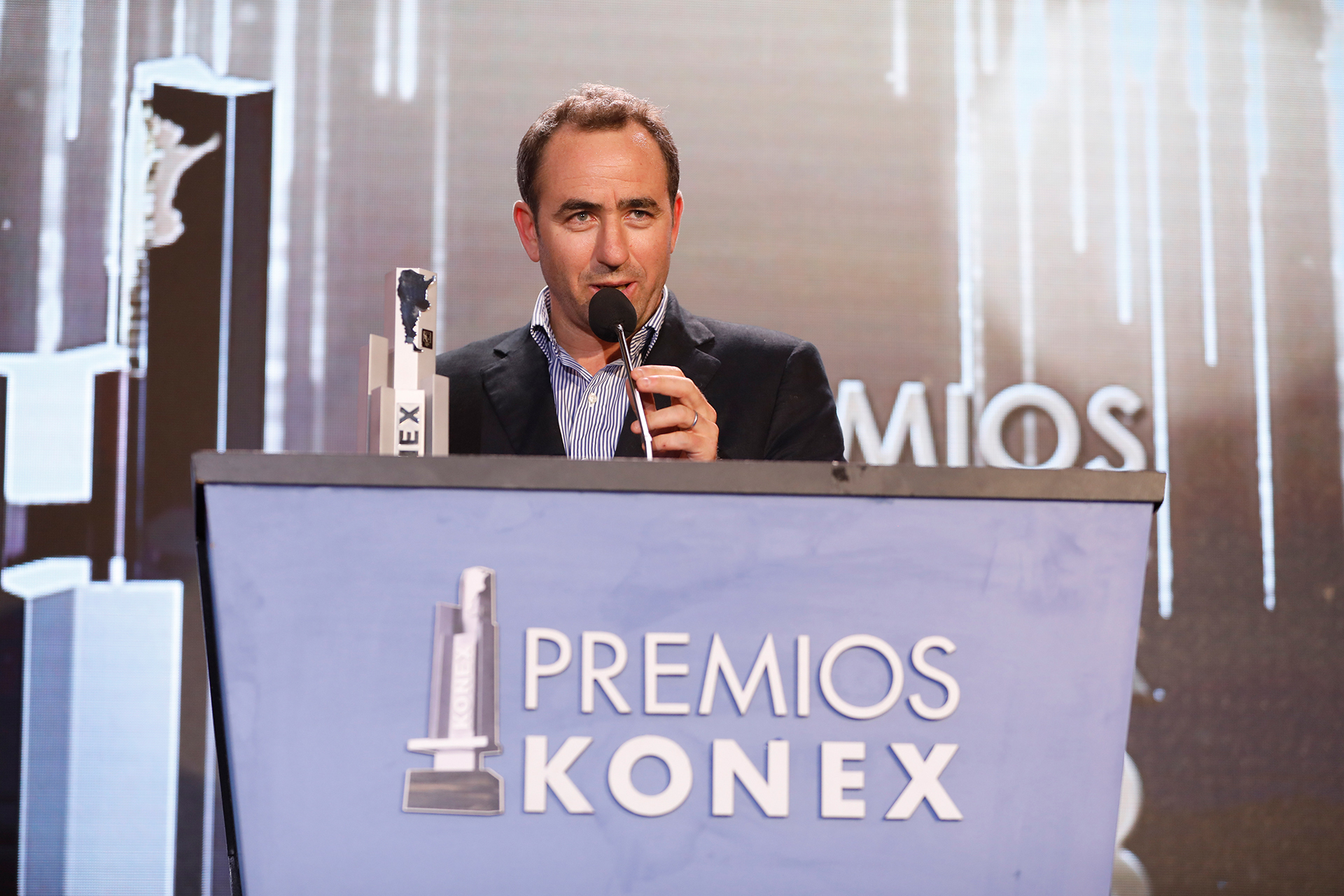 Tomás Galperin habló y recibió el Konex de Platino en representación de su hermano, Marcos Galperin