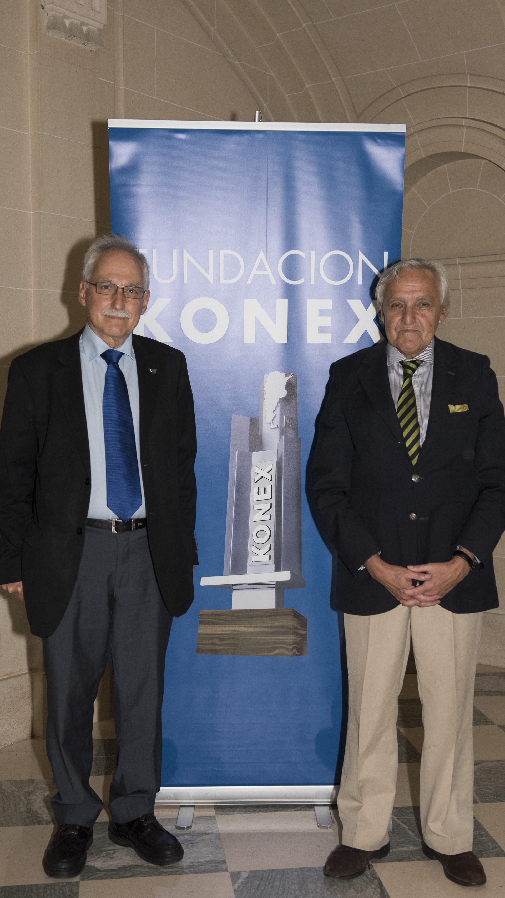 Héctor Otheguy y Rosendo Fraga, integrante del Gran Jurado