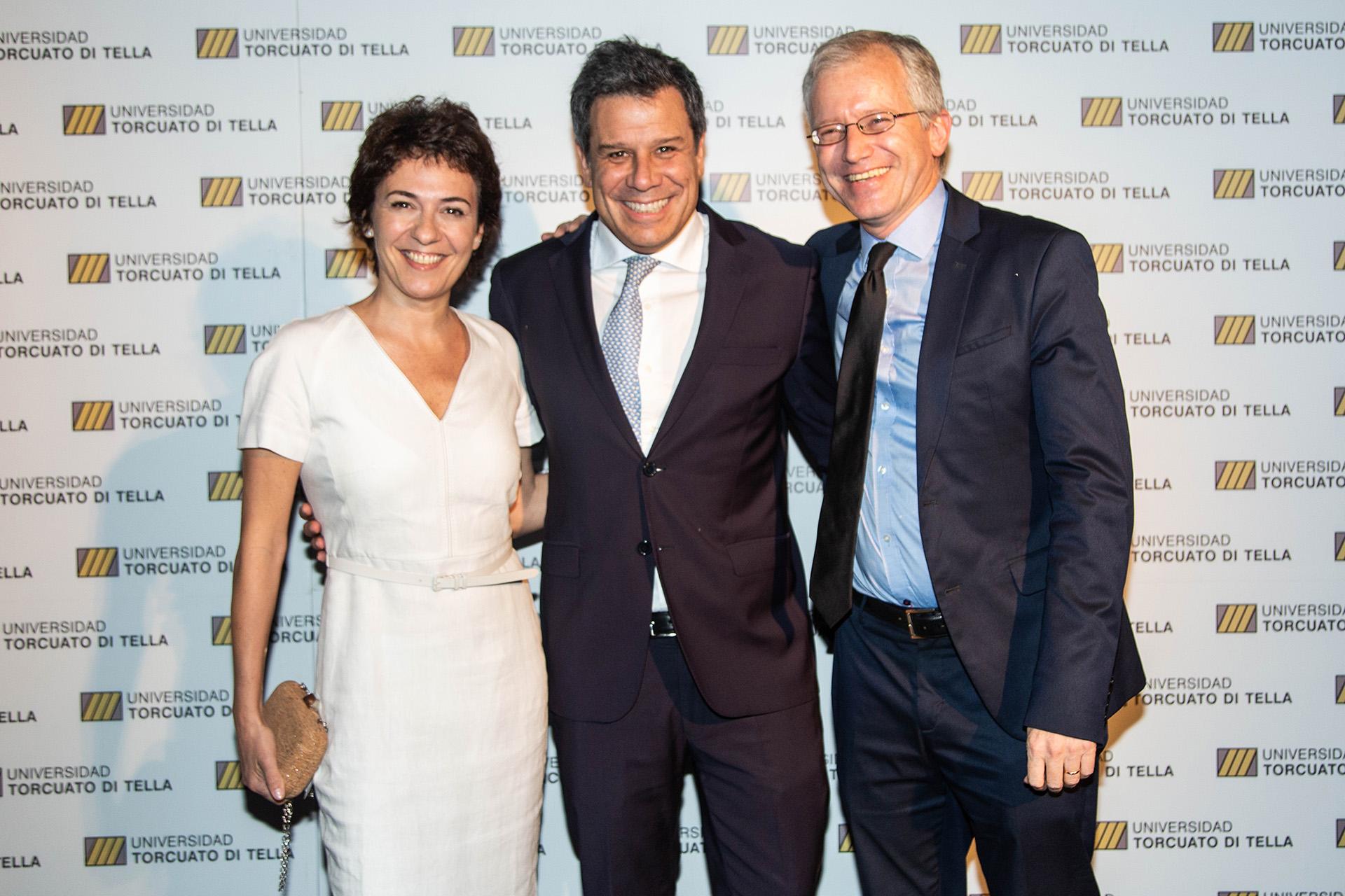 El neurólogo Facundo Manes junto a su esposa, Josefina Sicoli,participaron del evento